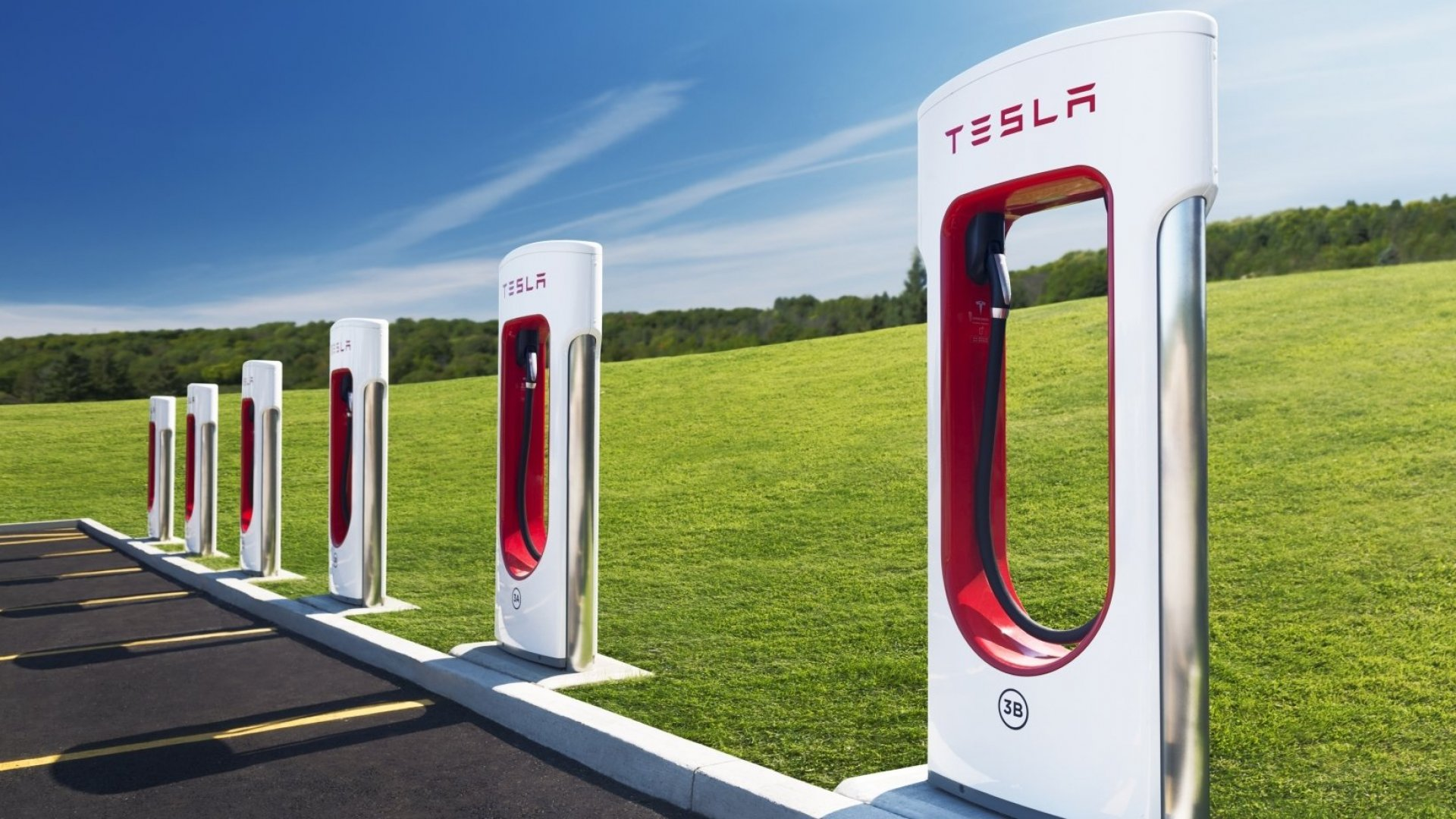 Elon Musk Just Announced His Plans for Tesla's New Charging Stations. This Founder Has Much Bigger Ideas for Them