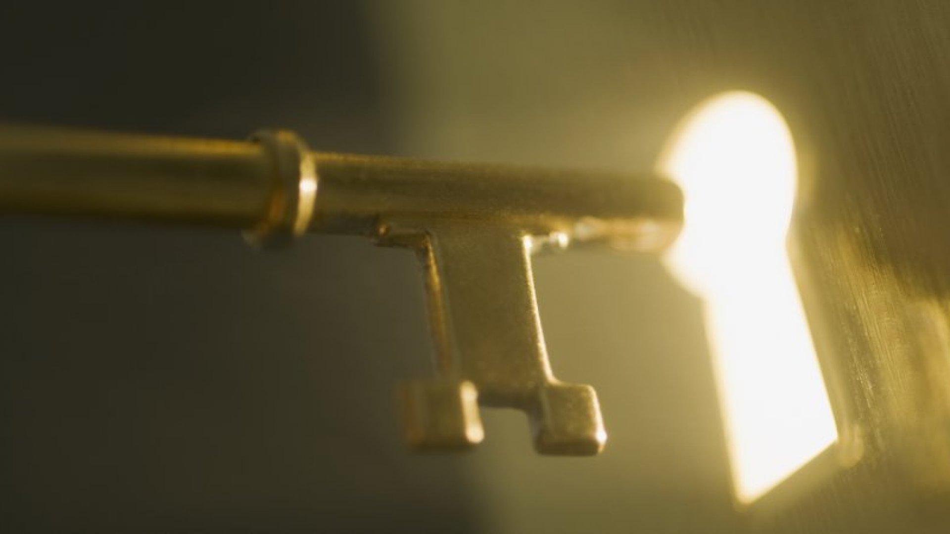 Domain Pro Spills Secrets for Scoring a Prize URL