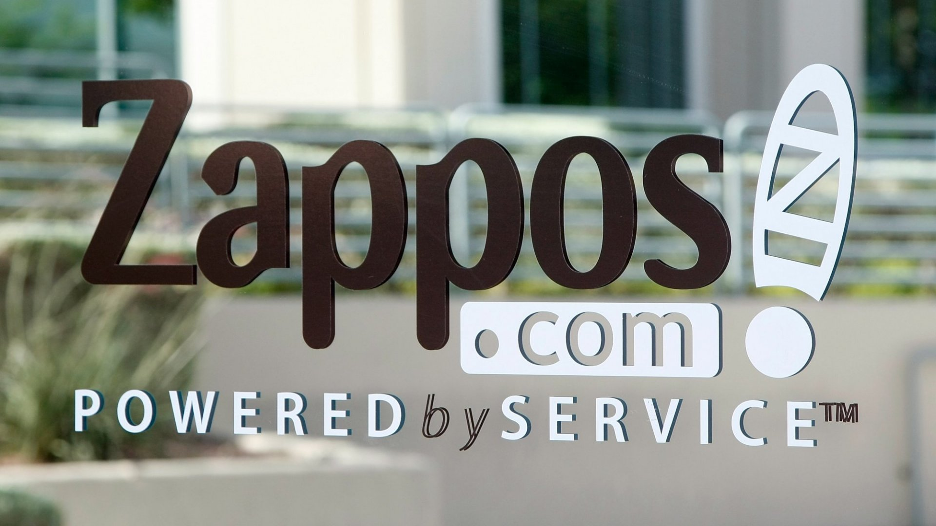 How to Bring That Zappos Magic to Your Contact Center