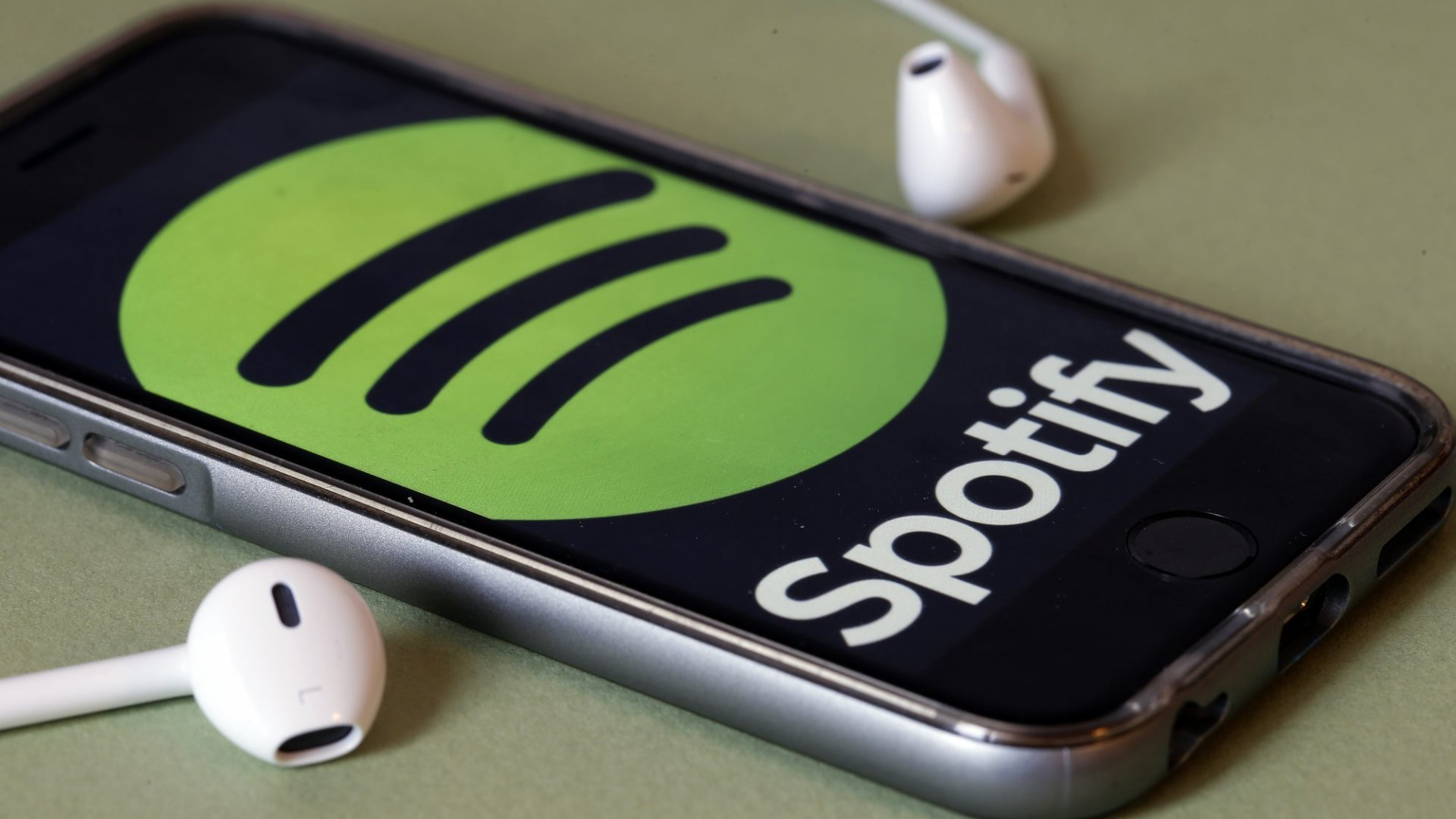 Spotify's Buying Its 3rd Podcast Company Is Genius. Entrepreneurs Can Learn 1 Valuable Lesson From This