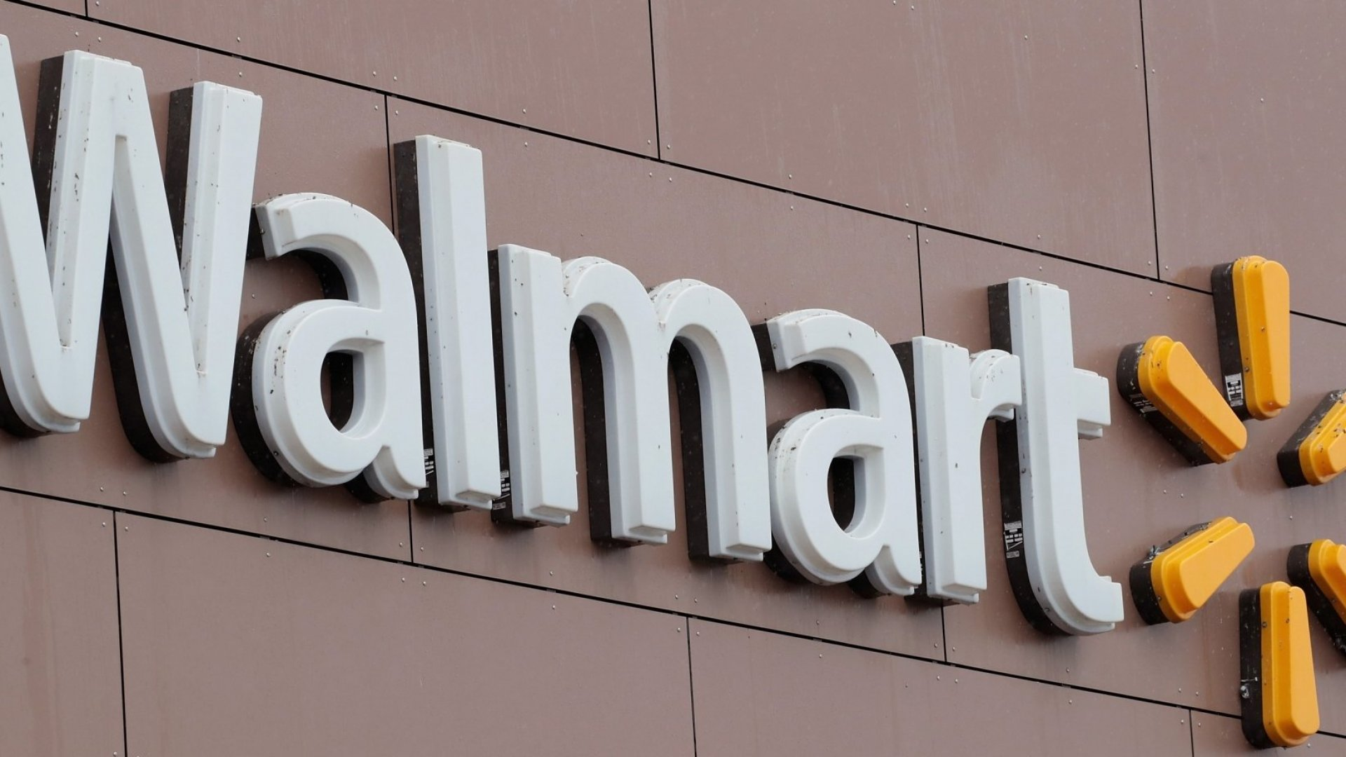 With 1 Small Change Walmart Saved $200 Million (No, It Doesn't Involve Cutting Jobs)
