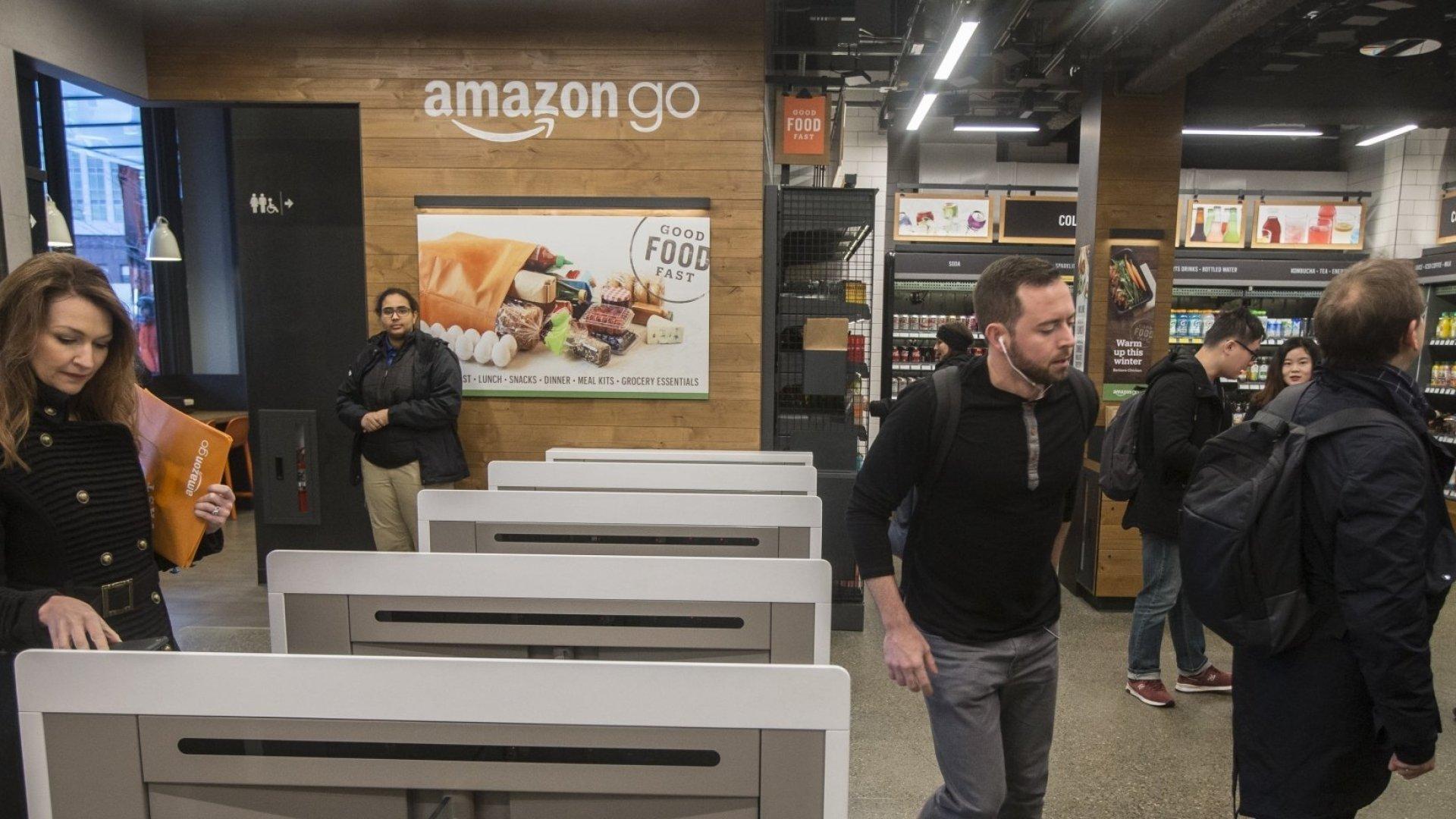 Why Philadelphia Is Banning Cashless Stores