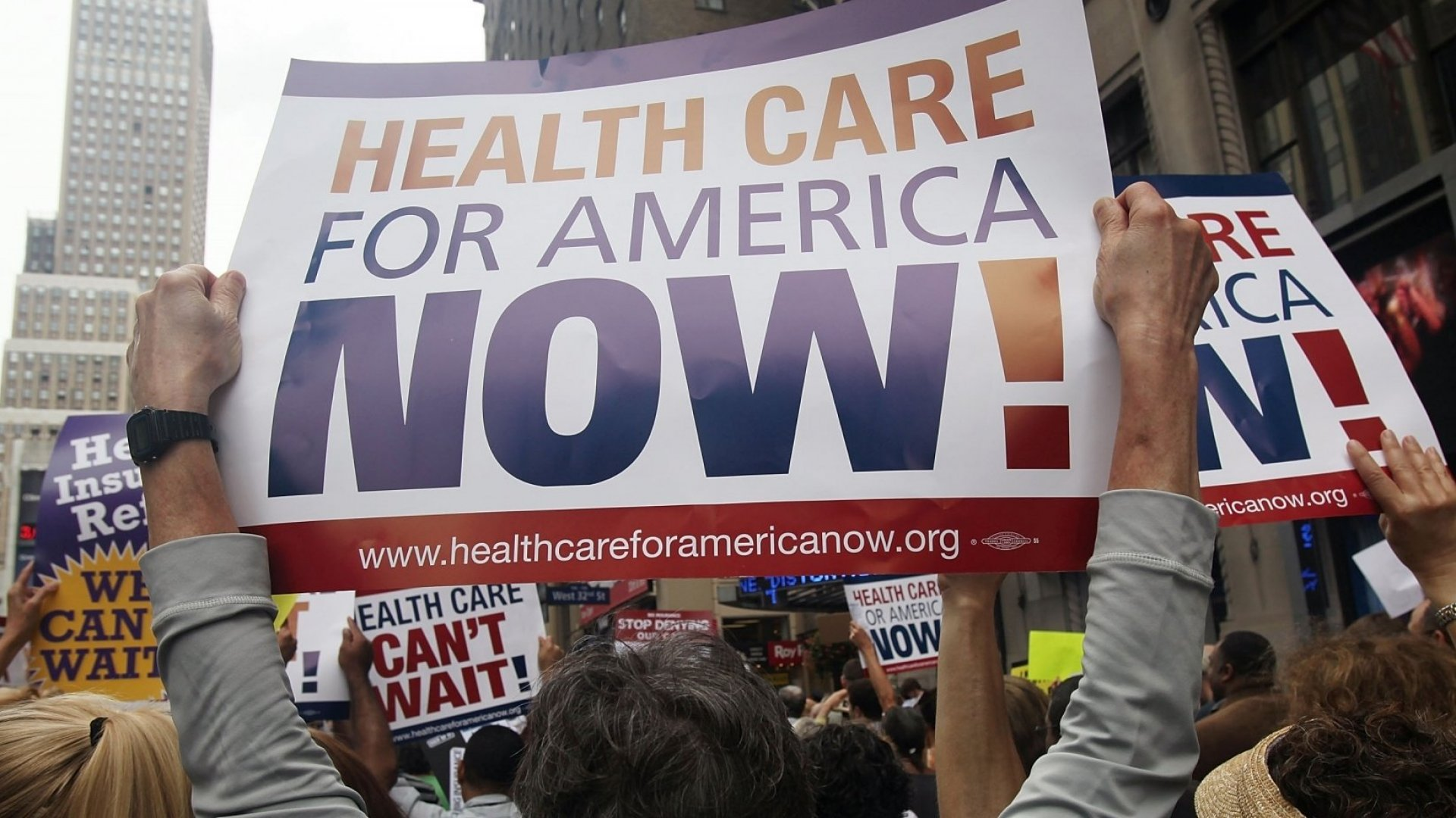 Poll Reveals Young Americans Think the Government Should Be Responsible for Health Care
