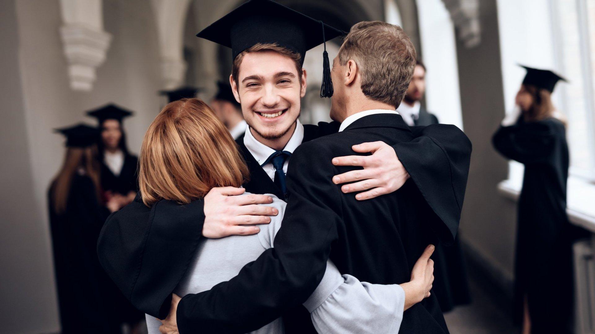 3 WaysParents Can Help Their Kids Avoid a Post-Graduation Career Meltdown