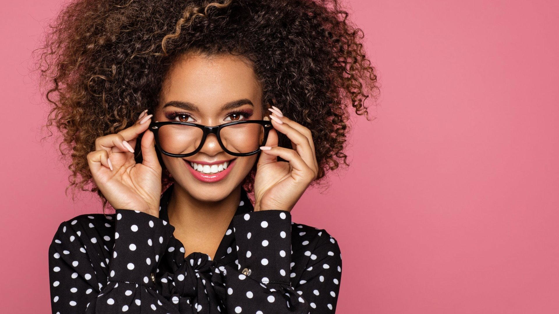 <i>The successful marketing of a licensed product like eyewear requires a dual-pronged strategy.</i>