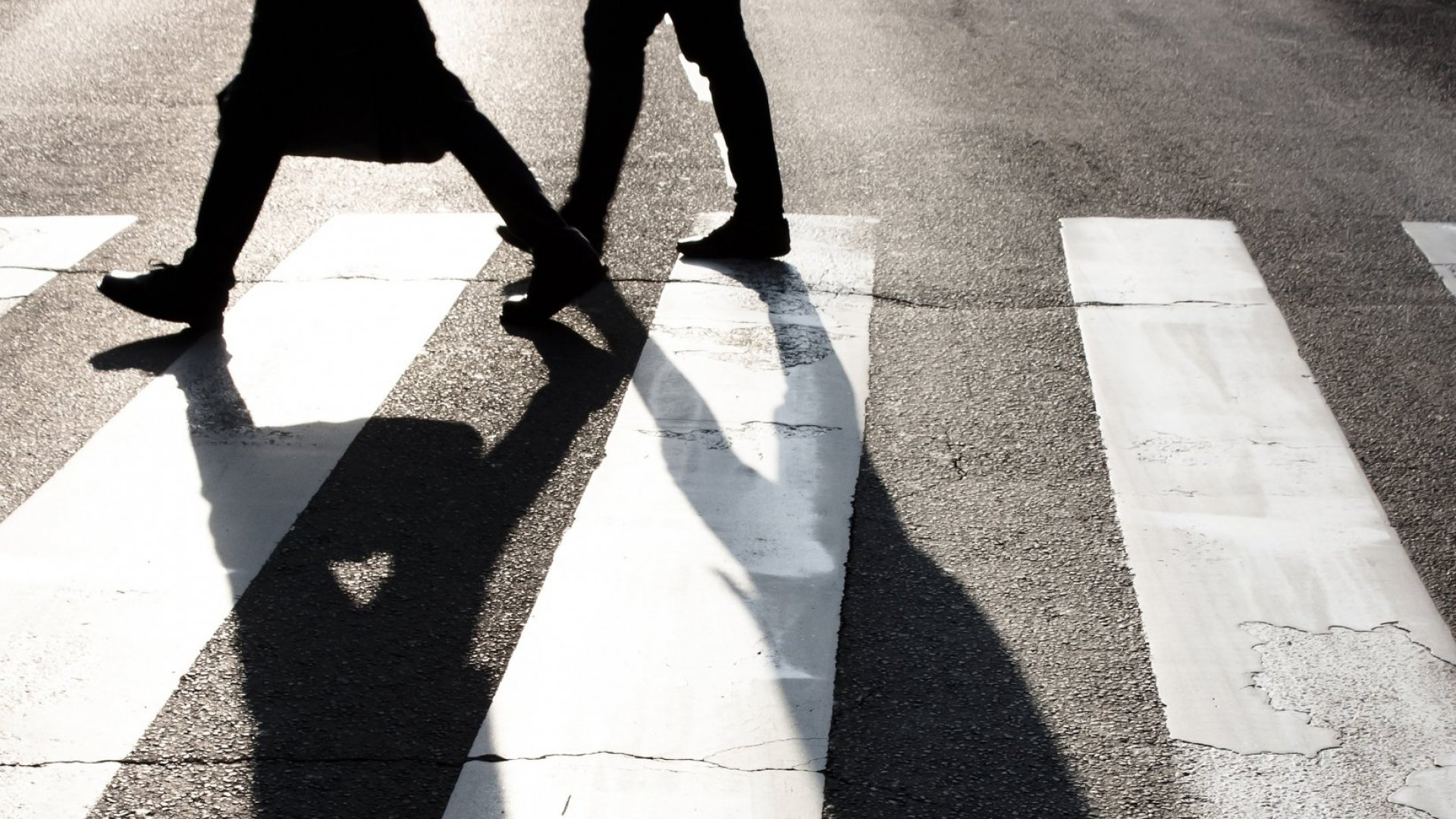 Neuroscientist: Walking Is a 'Superpower' That Makes Us Smarter, Healthier, and Happier
