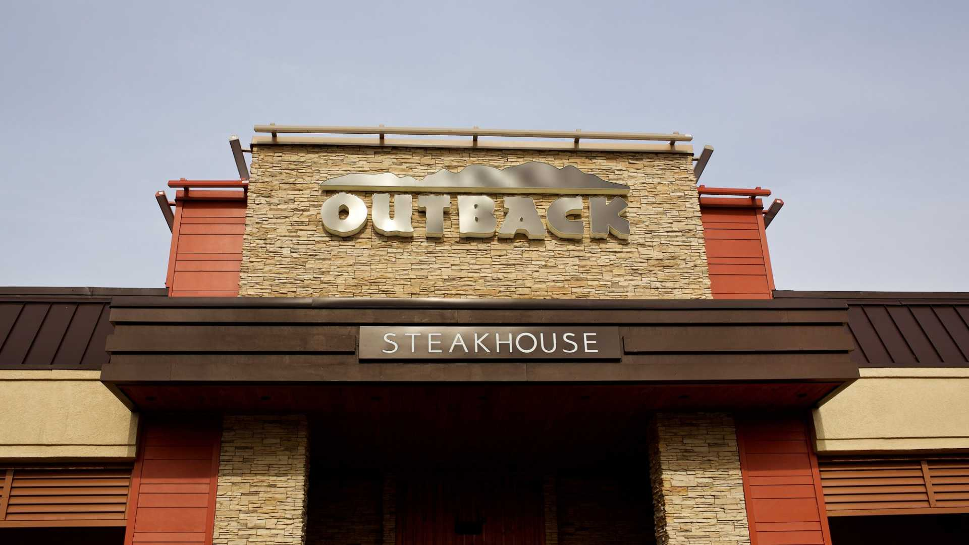 Outback Steakhouse Is Piloting an AI and Video Monitoring System