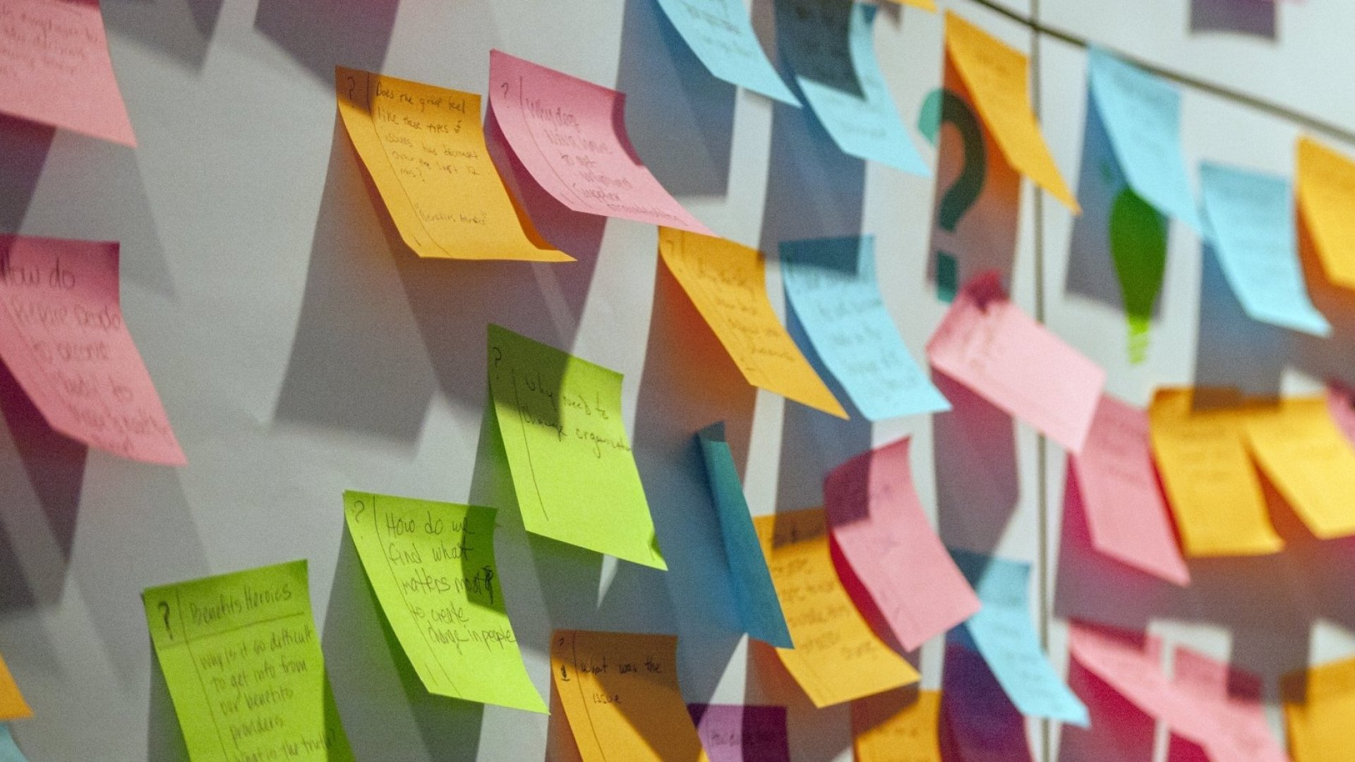 The 3 People You Need in the Room for a Successful Brainstorming Session