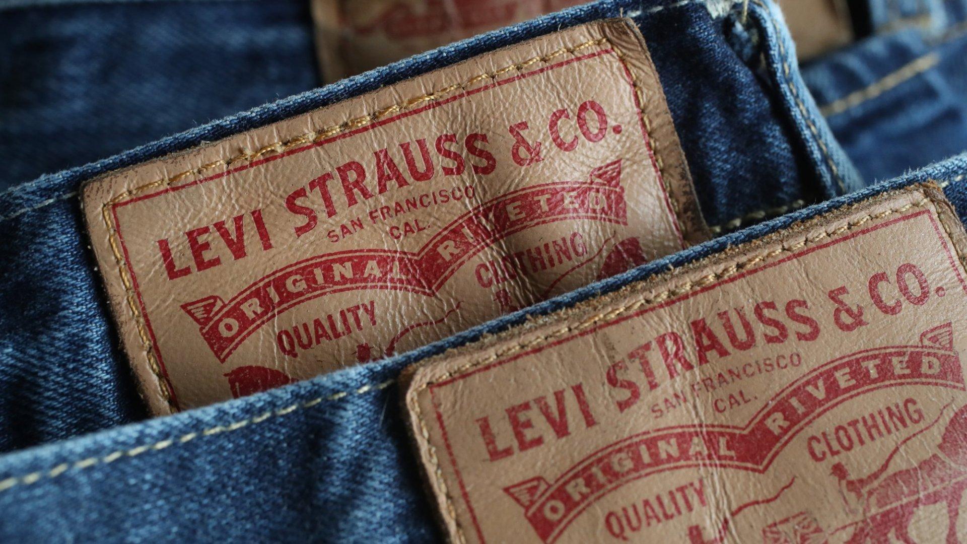 Denim-Maker Levi's Targets a $100 Million IPO