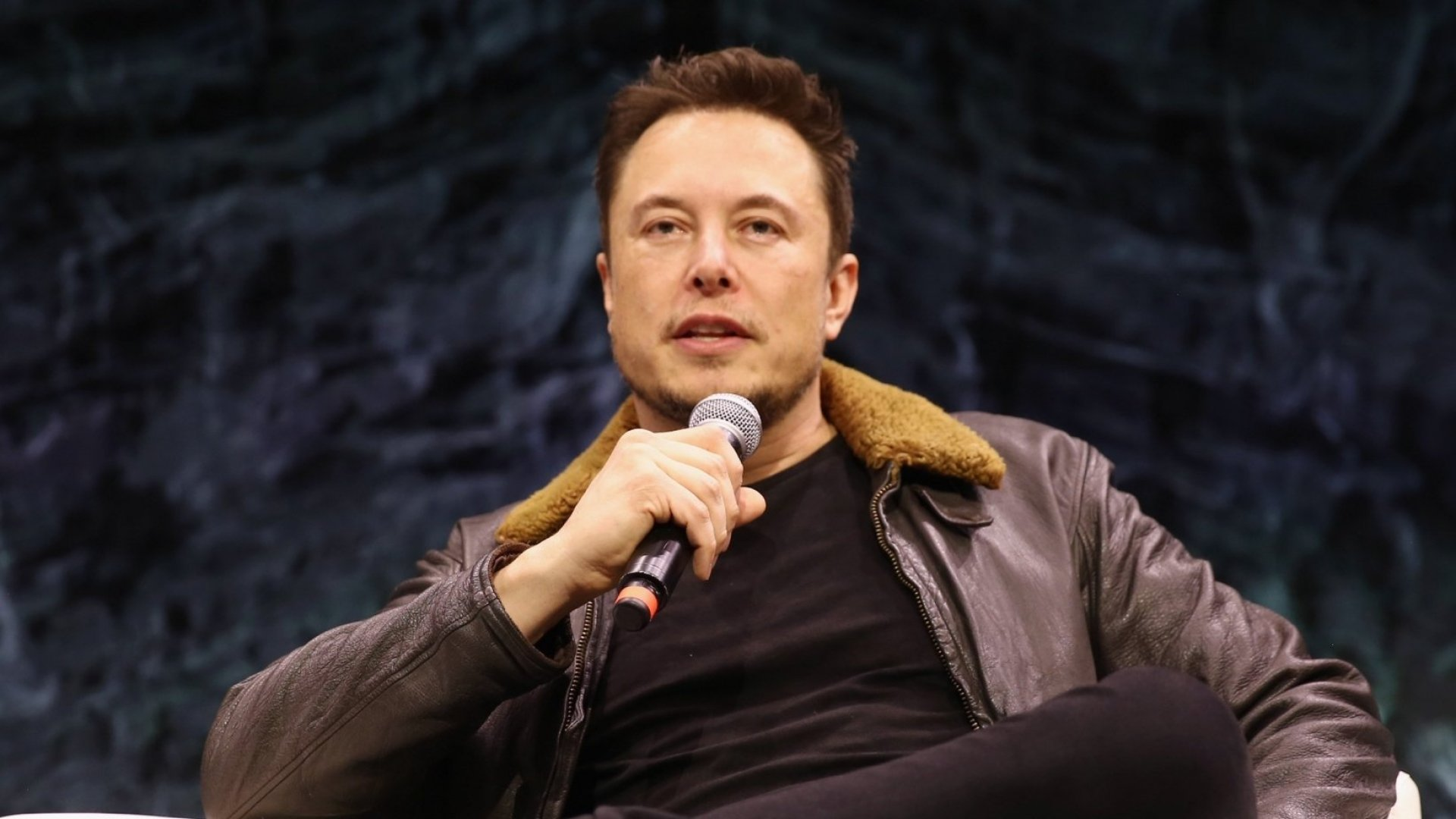 Elon Musk's Response to Bill Gates's Buying a Porsche Is a Perfect Example of How Not to Take a Compliment