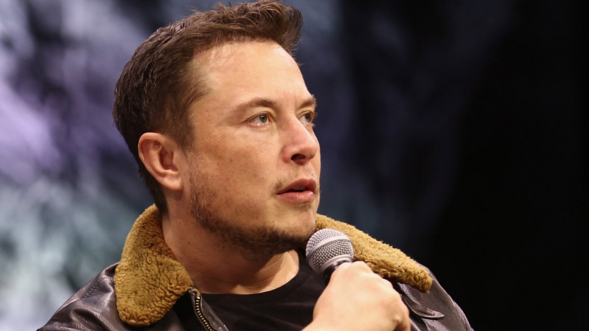 Elon Musk Had a Hilarious Response to a Reporter's Request for an Interview