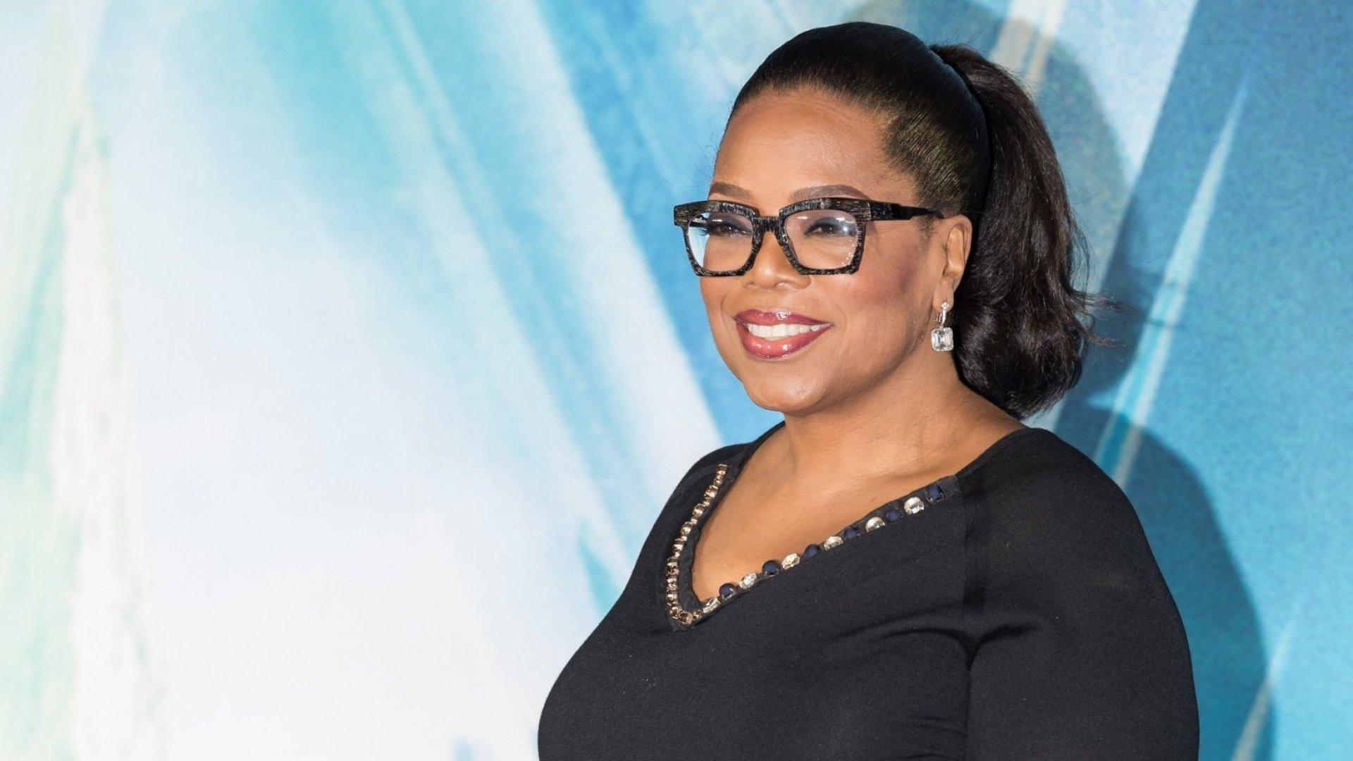 5 Tips From Oprah's Doctor to Help You Get a Better Night's Sleep (and Be More Productive)