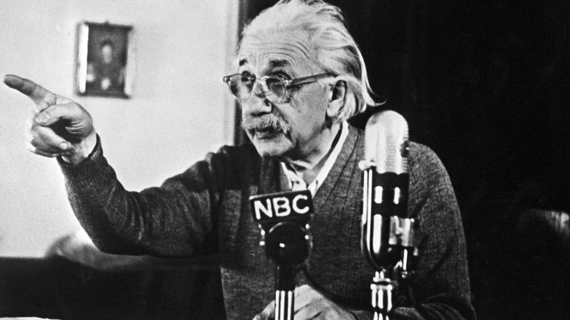 3 Lessons From Albert Einstein on How to Become a Better Student of the World