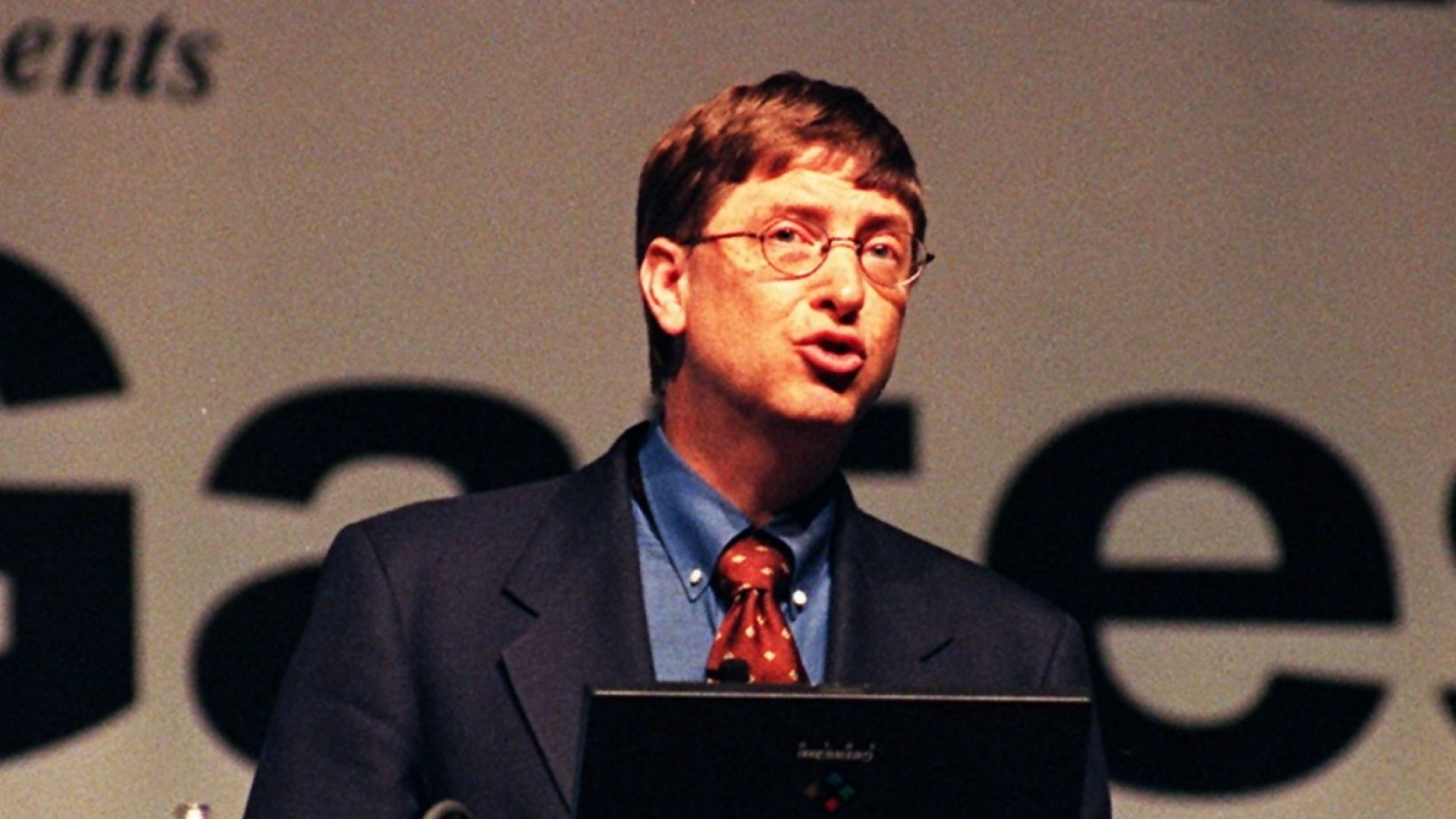 This 1 Bill Gates Quote From 20 Years Ago Nailed Today's Definition of Great Marketing