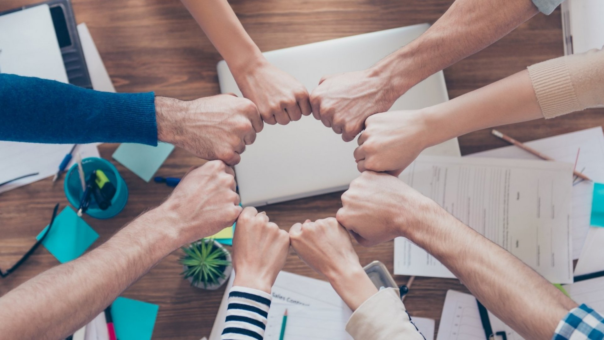 5 Action Steps for Leading Your Team Through Crisis
