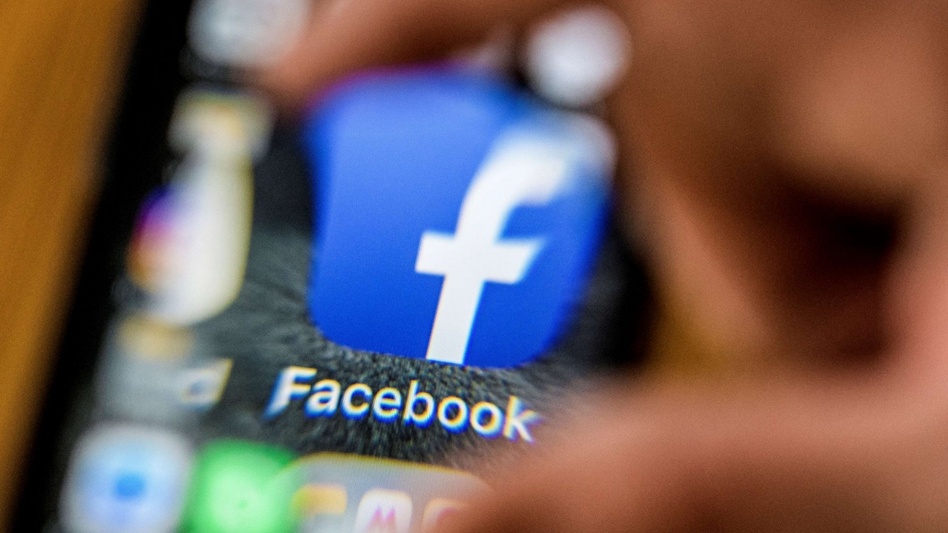 Search Spikes for Delete Facebook: Here's How Many People are Ready to Trash the App