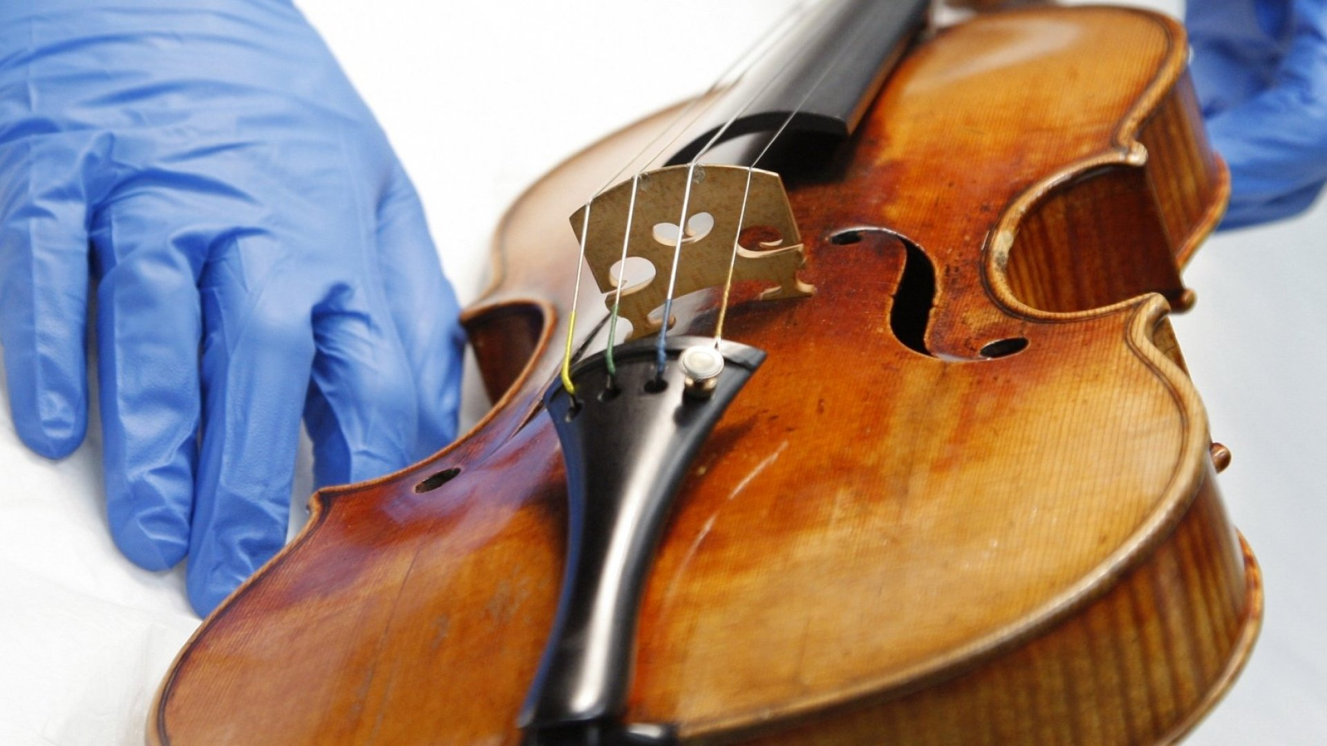 Violinists really care about their violins. Airlines sometimes don't.