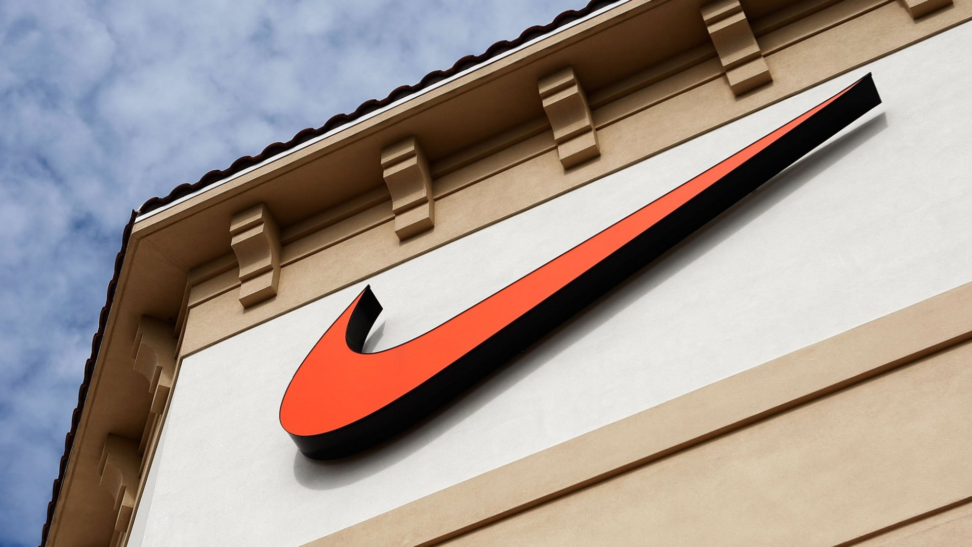 How Nike, Disney, and the Ritz-Carlton Built Cultures That Always Deliver Great Customer Experiences