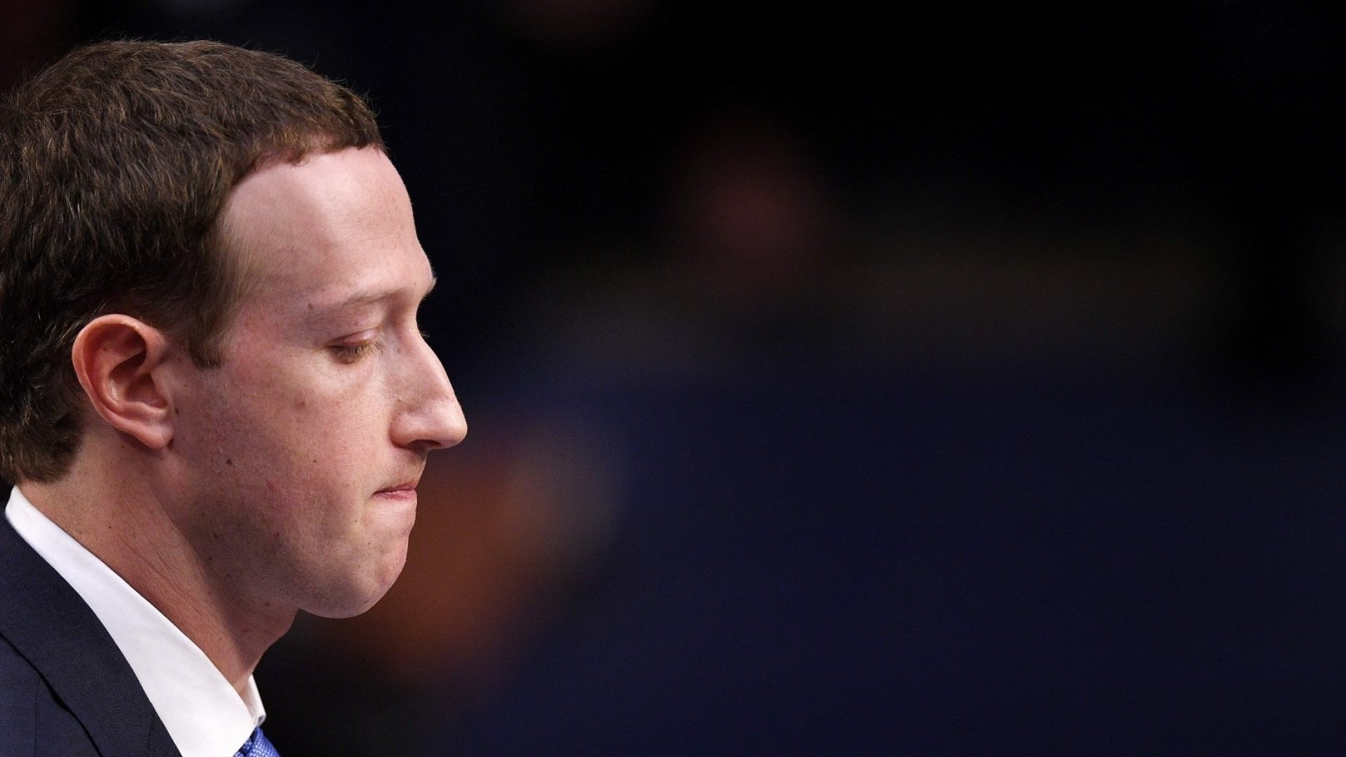 Facebook CEO Mark Zuckerberg testifies before a joint hearing of the US Senate Commerce, Science and Transportation Committee and Senate Judiciary Committee on Capitol Hill, April 10, 2018 in Washington, DC. Zuckerberg offered apologies to US lawmakers Tuesday as he made a long-awaited appearance in a congressional hearing on the hijacking of personal data on millions of users.