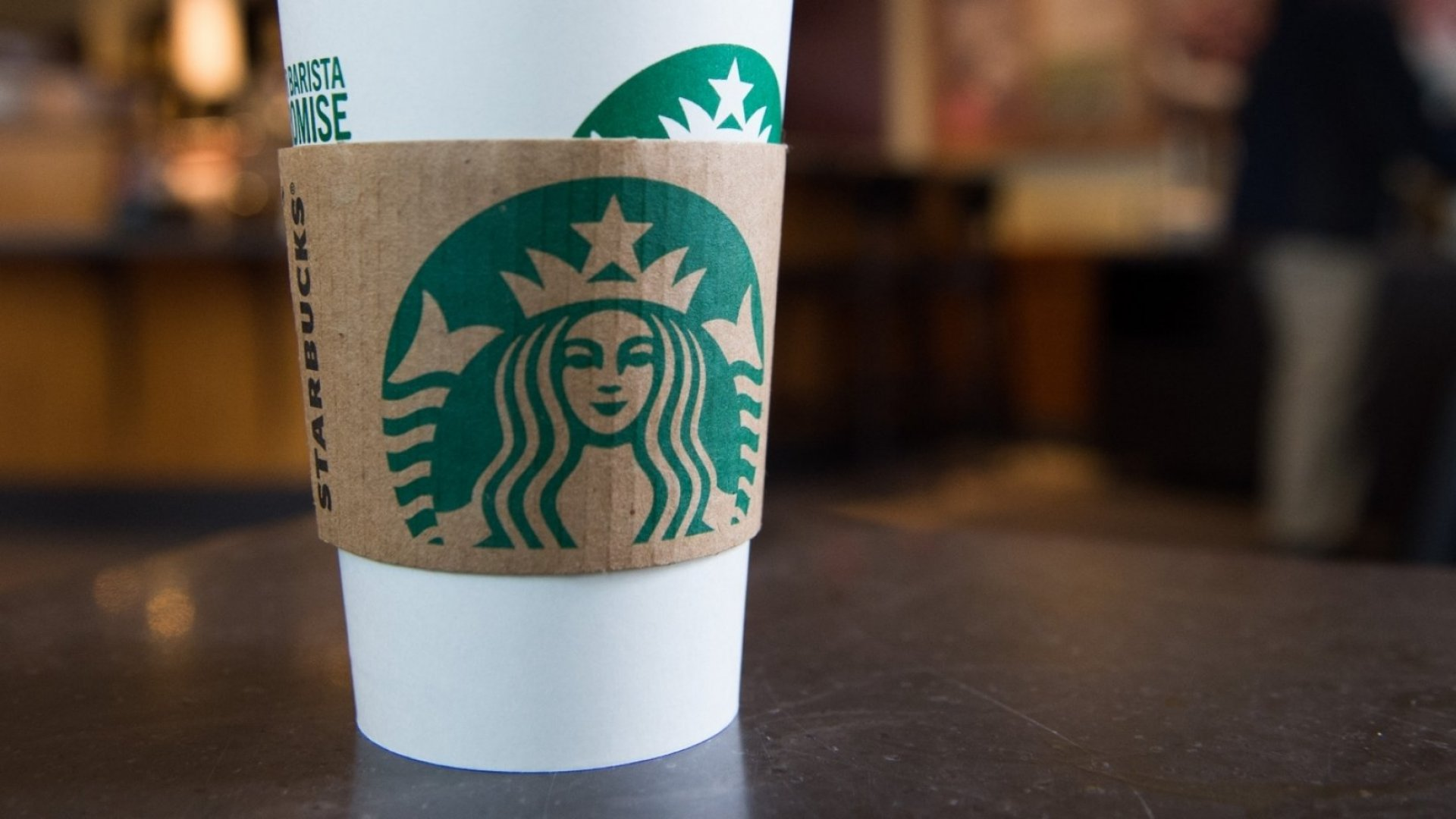 Can 'Nonpaying Customers' Hang Out at Starbucks Without Buying Anything? (Here's What Starbucks Tells Its Employees)