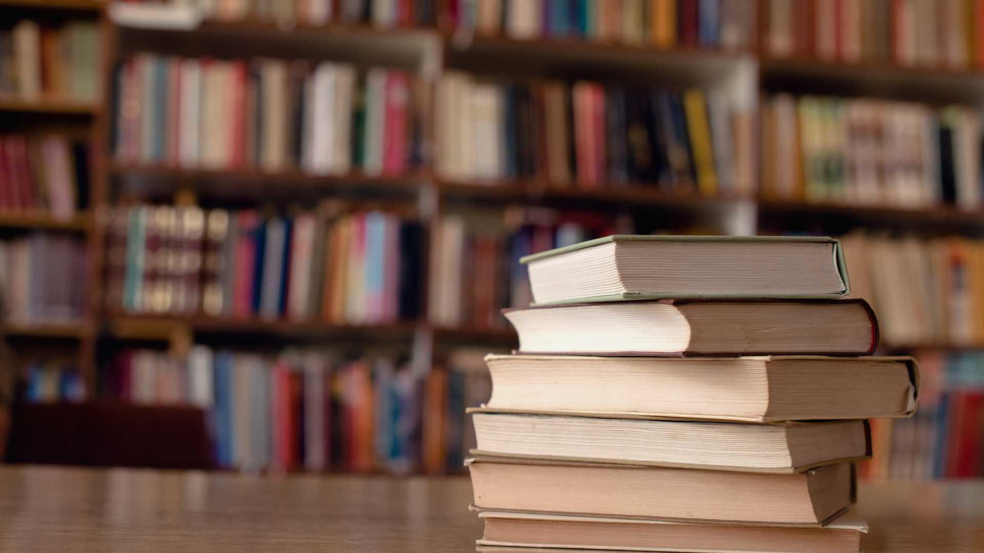 5 Books I'm Reading During Quarantine