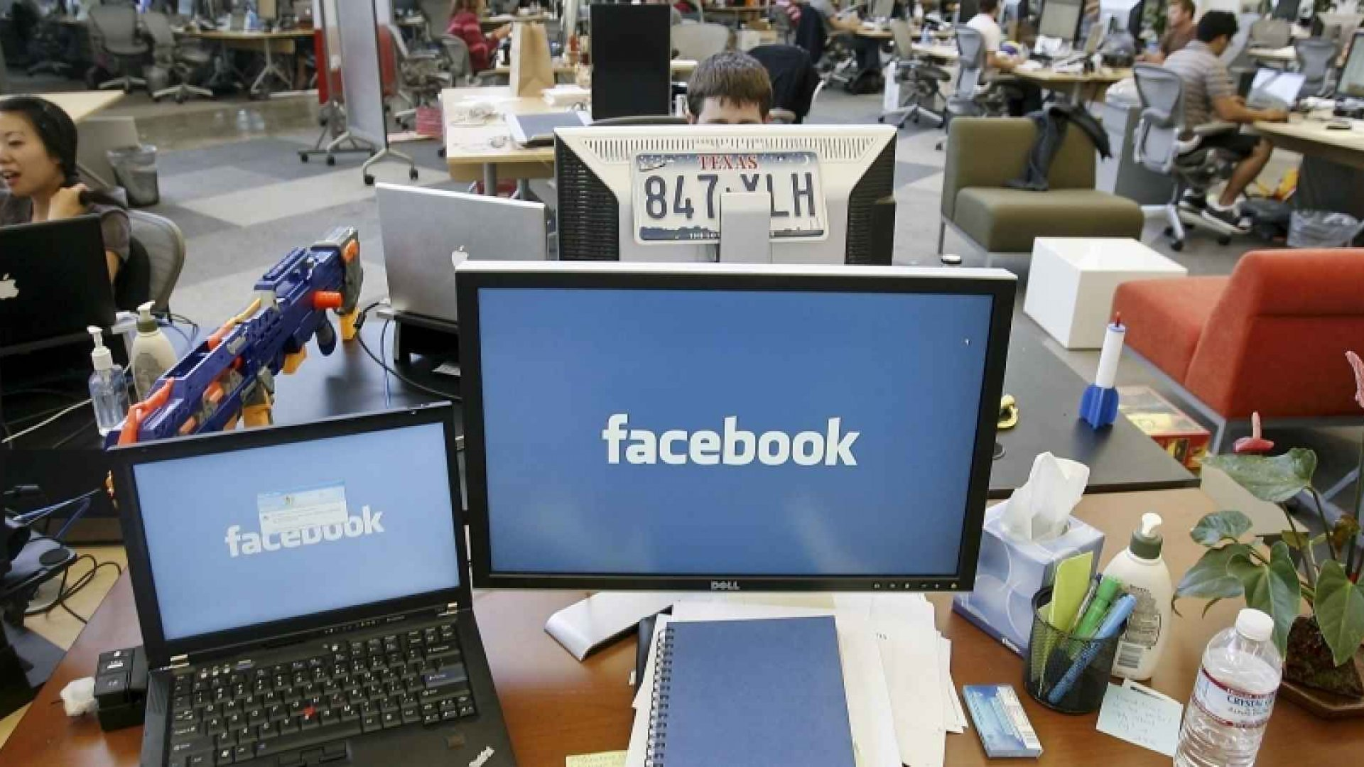 Remember When Facebook Was Banned at the Office? Meet Facebook at Work