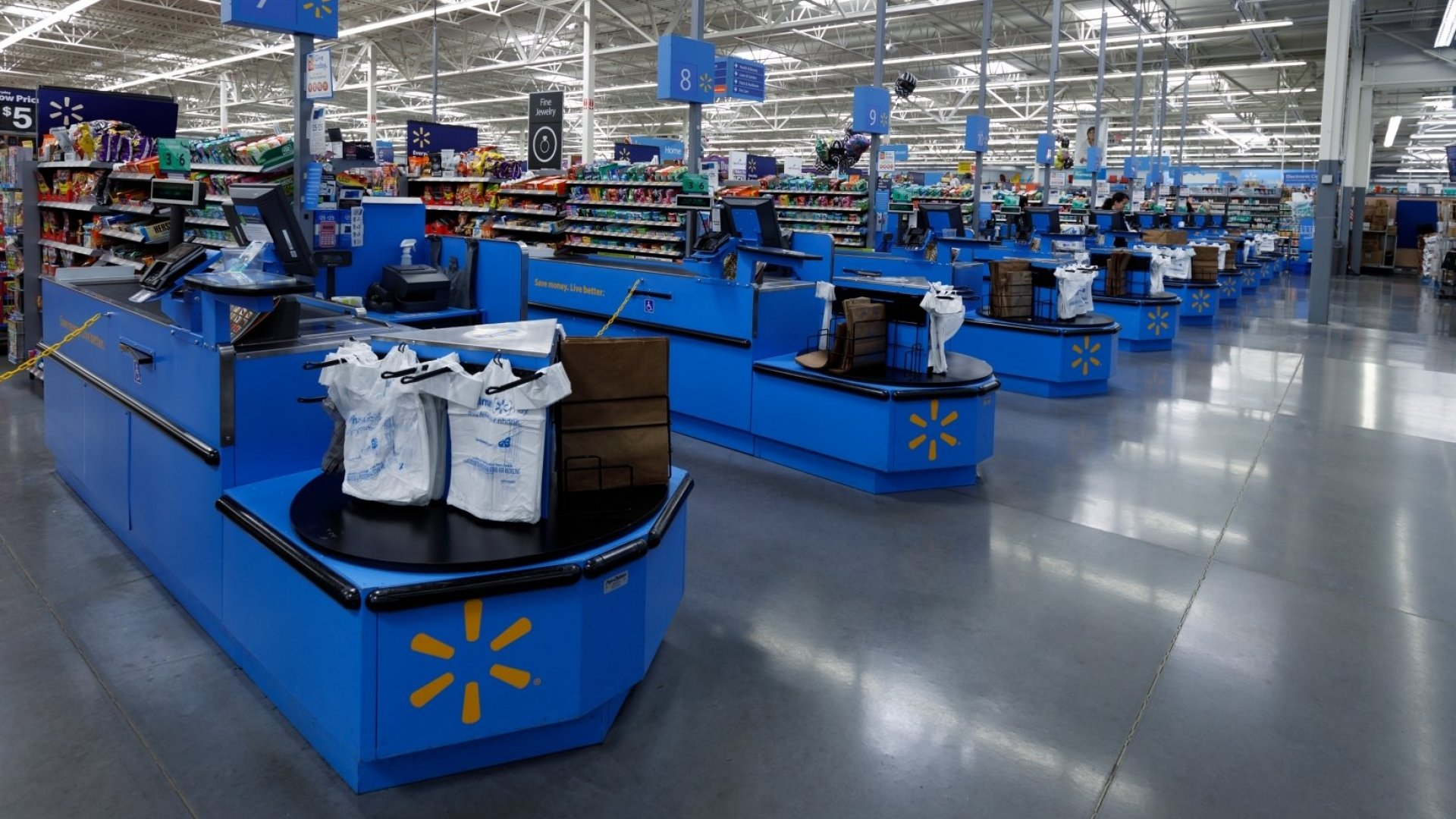 Walmart Just Announced It's Changing a 30-Year Tradition. Here's What Customers Are Saying