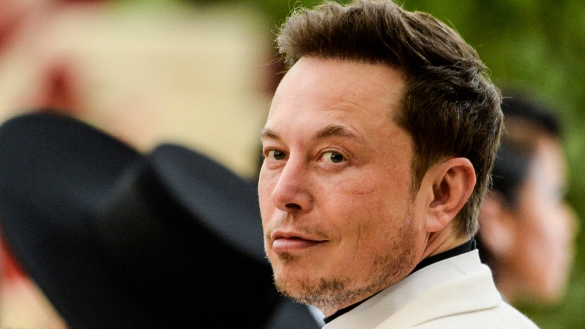 Elon Musk Proves That Success Doesn't Require Working Long Hours