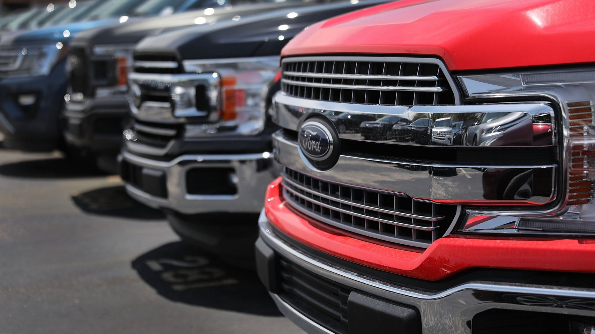 Ford's All Electric F-150 Pickup Truck Prototype Tows 1.25 Million Pounds