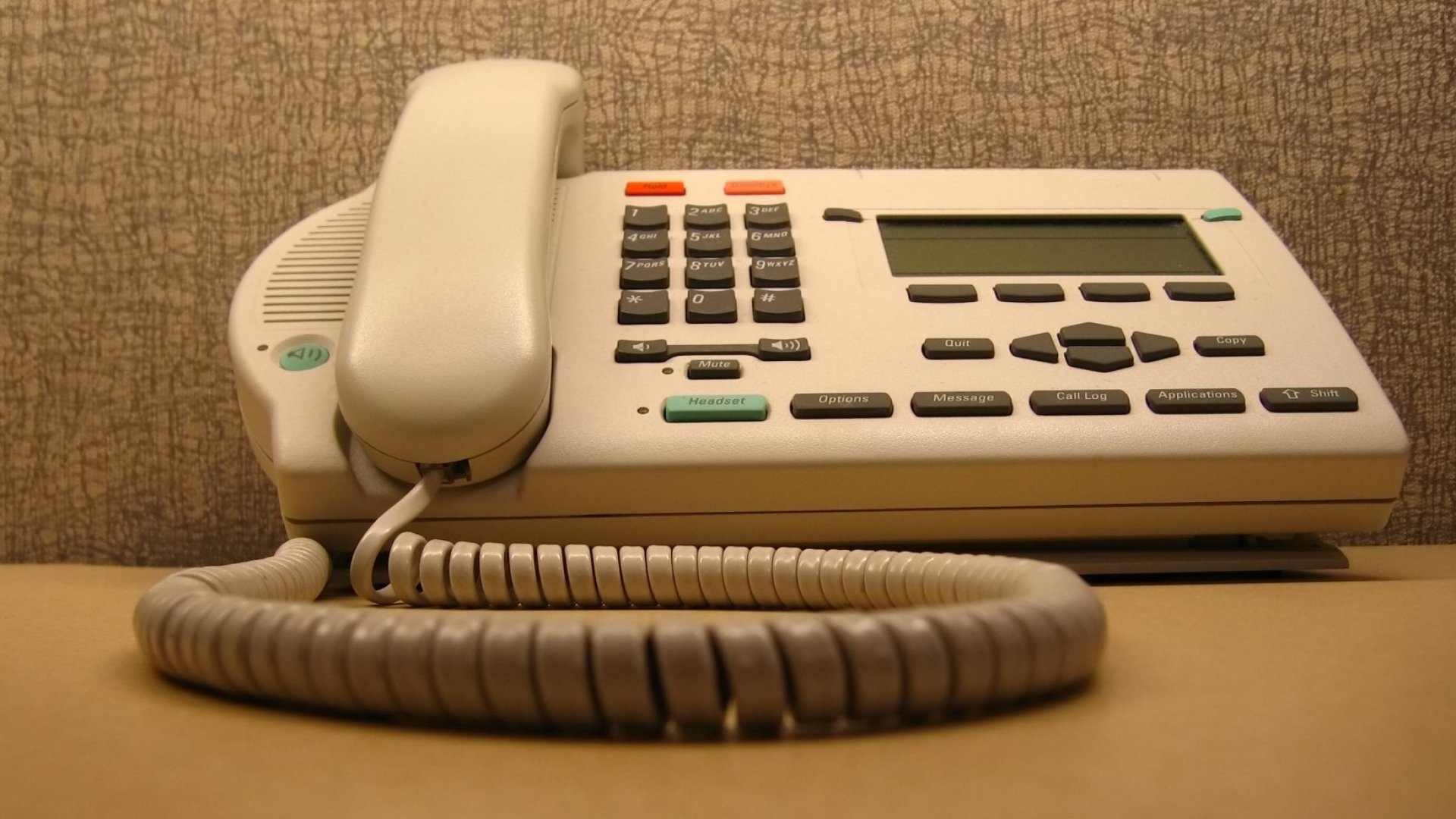 Voicemail Is Now Officially Dead. Here's What Killed It