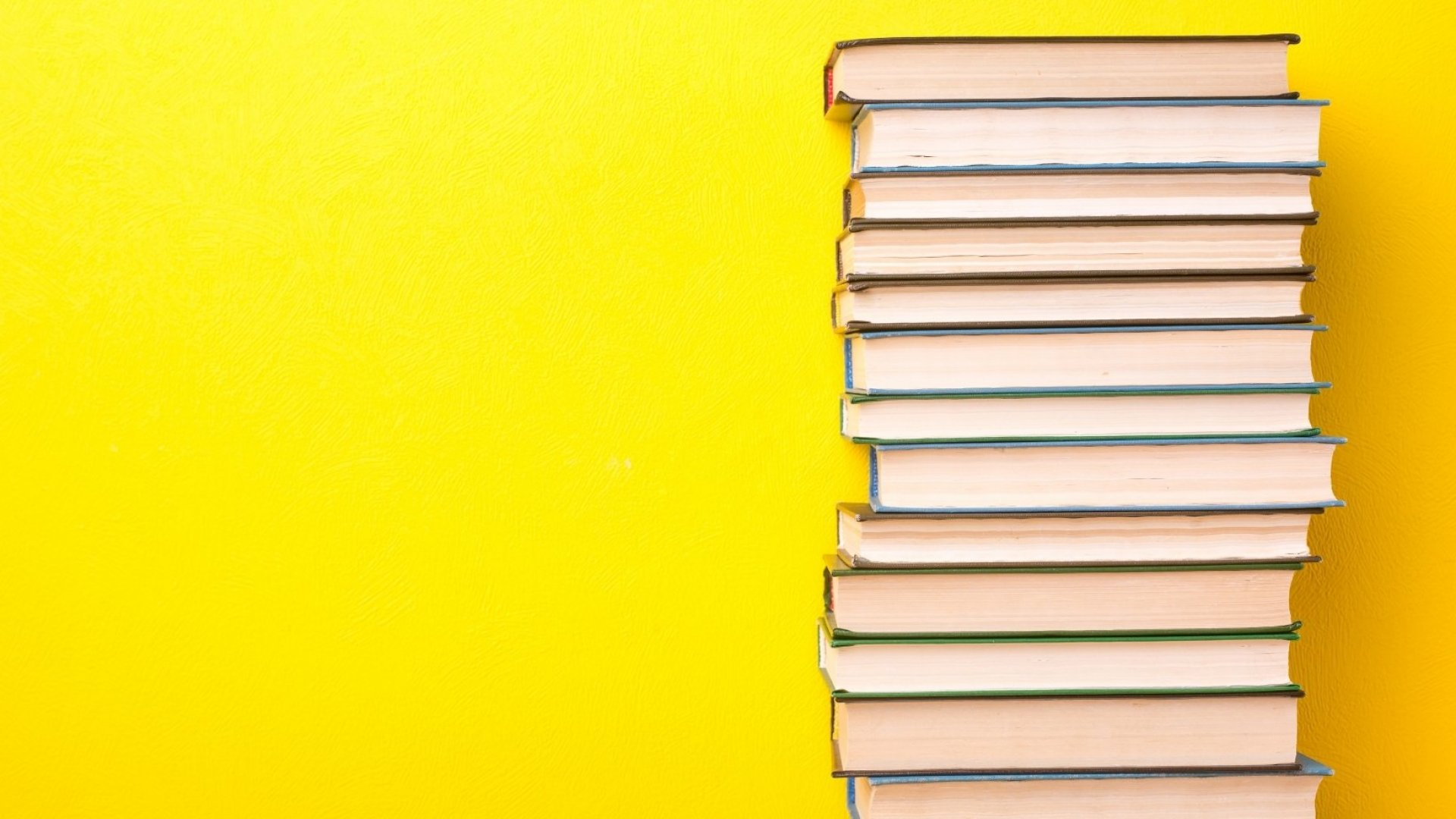 8 Easy Business Reads That Will Challenge Your Thinking and Help You Grow