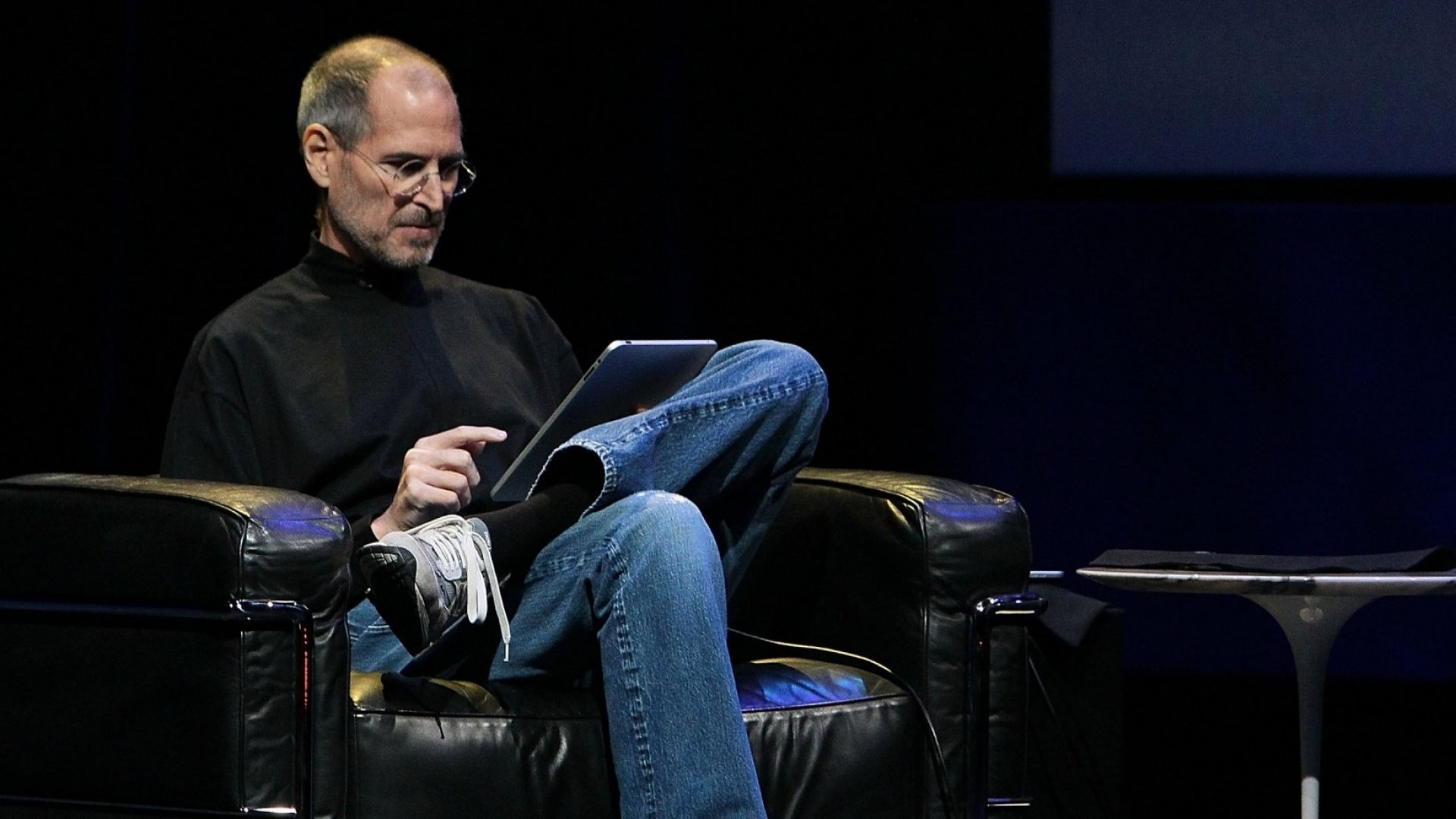 A Long-Time Apple Designer Reveals Steve Jobs's 6-Step Rehearsal Process He Used for Every Presentation