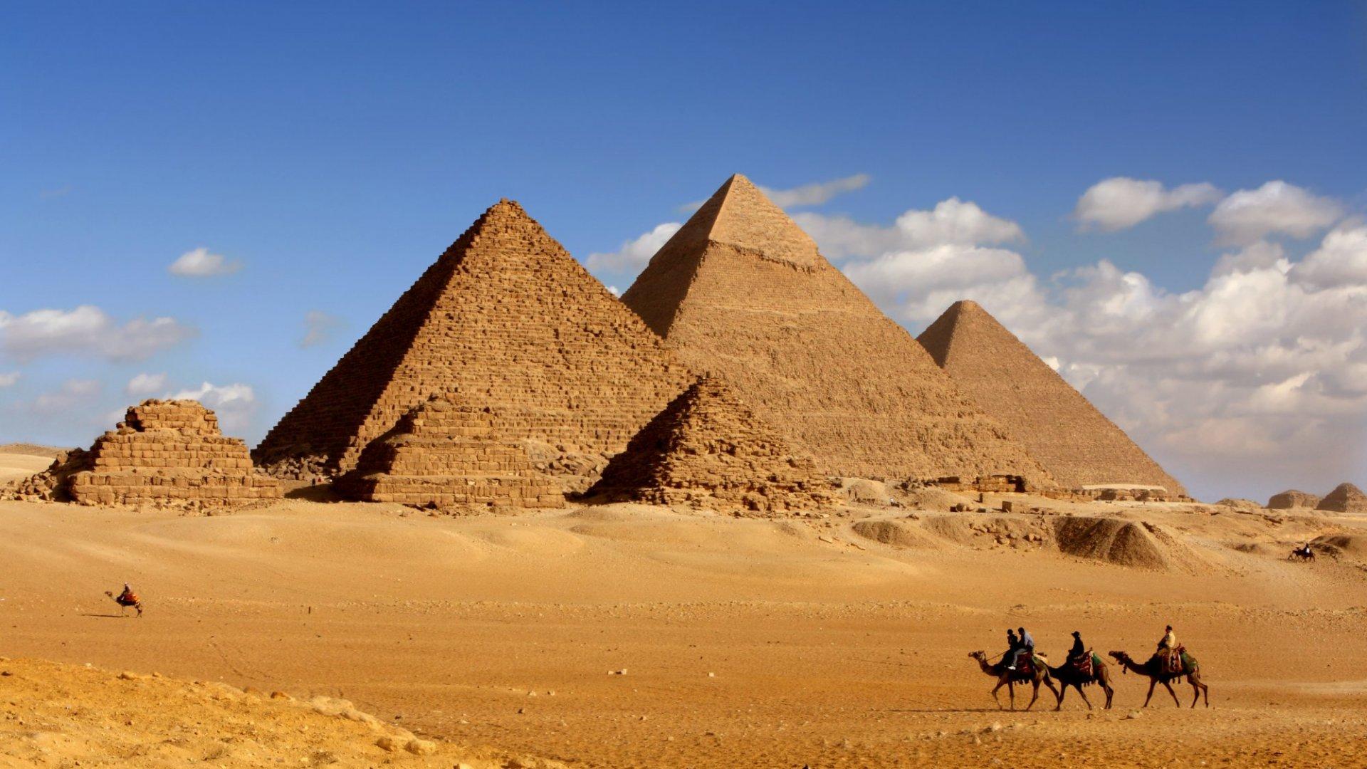 Best Kept Travel Secrets: Paul's Pyramid Tips