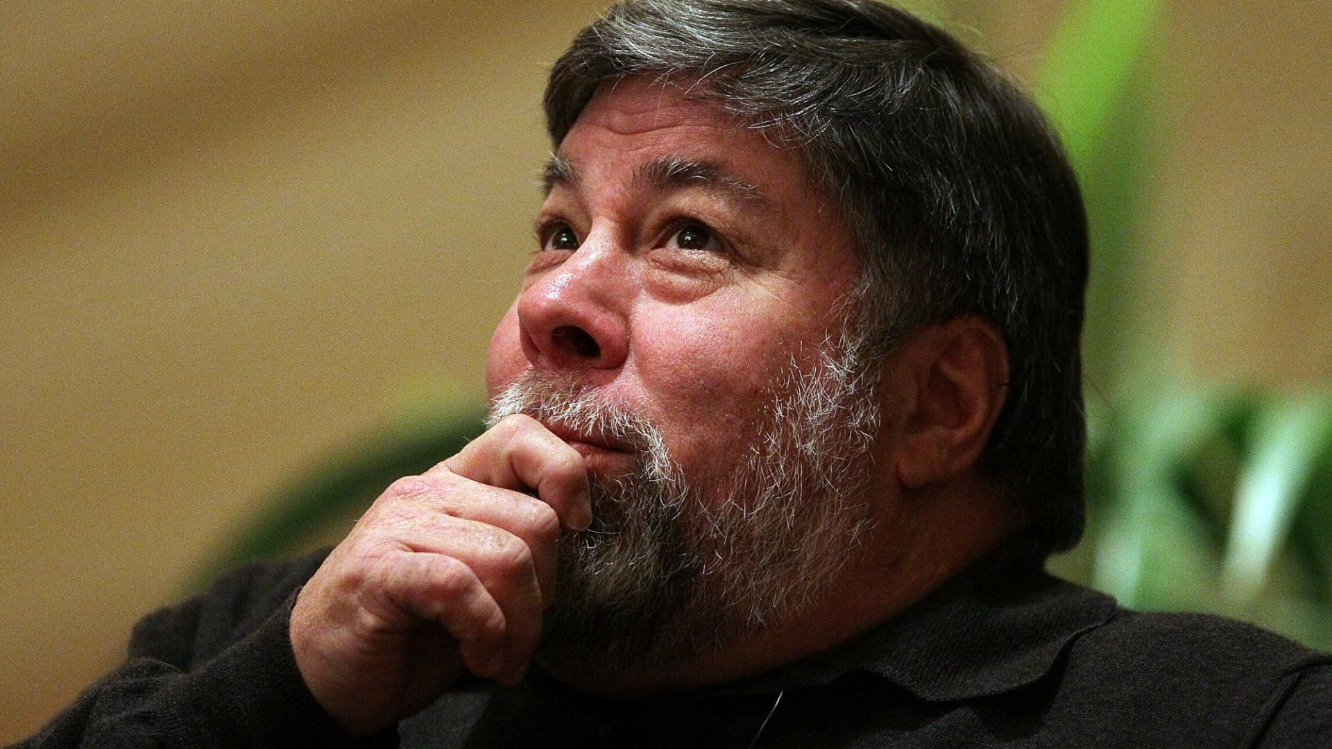 How Apple's Co-Founder Steve Wozniak Thinks Humans Will Live in 2075