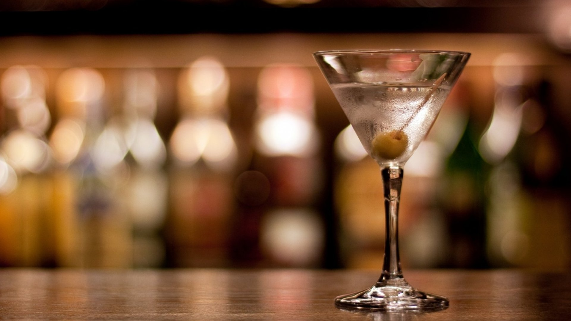 Yes, this is just a picture of any old vodka martini.