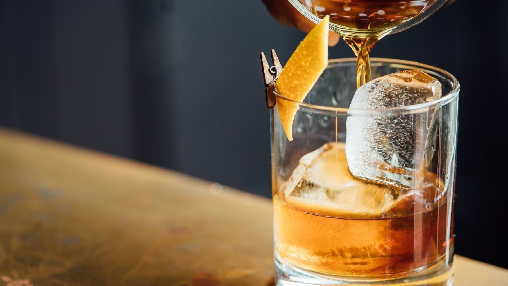 Here's How to Host a Virtual Happy Hour and Why It Will Improve Your Mood