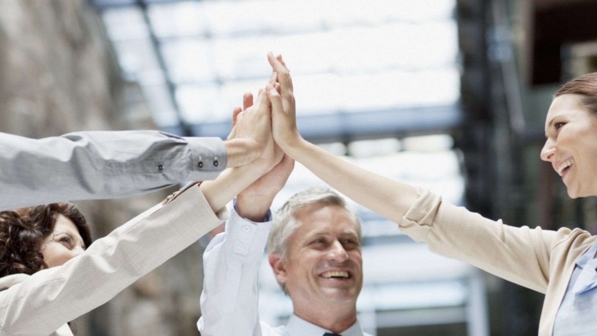 9 Changes You Can Make Right Away to Motivate and Energize Your Team