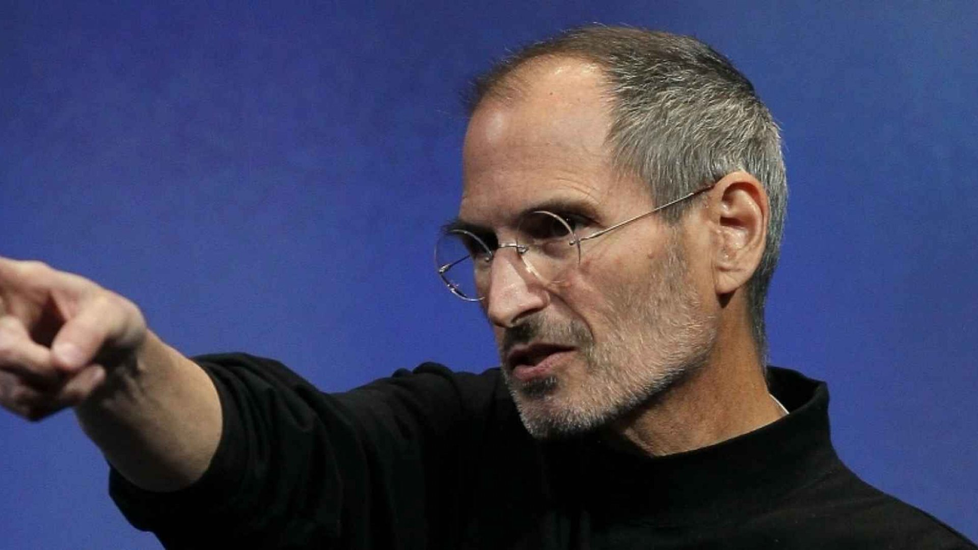 From Steve Jobs to David Bowie: 4 Ways to Reinvent Yourself