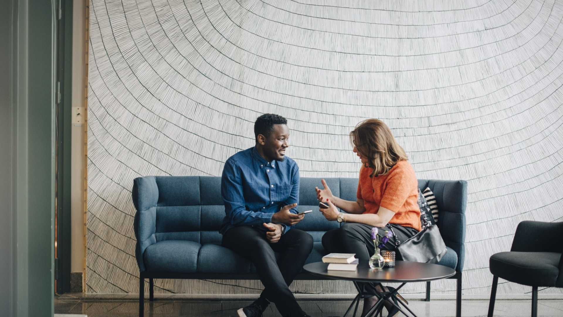 Master the Art of Small Talk in 7 Steps