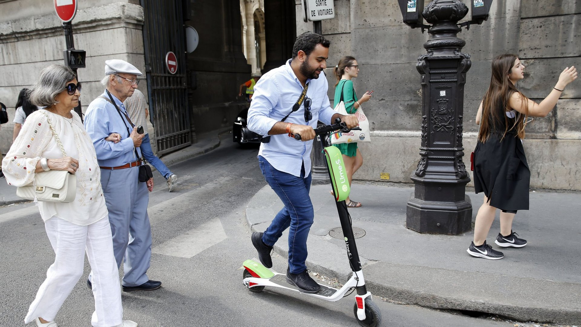 In 2018, e-scooter companies dropped large fleets without much notice to local governments in cities across America. In July, Lime launched in Paris, France.