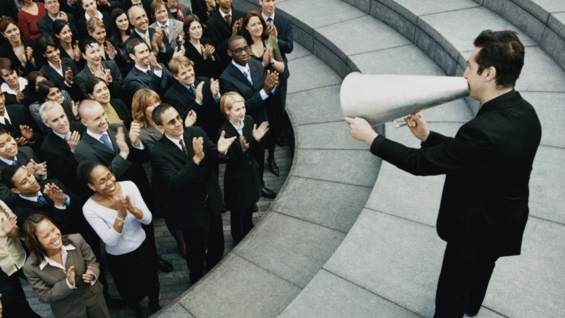 Communicating Under Pressure: How Leaders Can Be Calm and Effective No Matter What