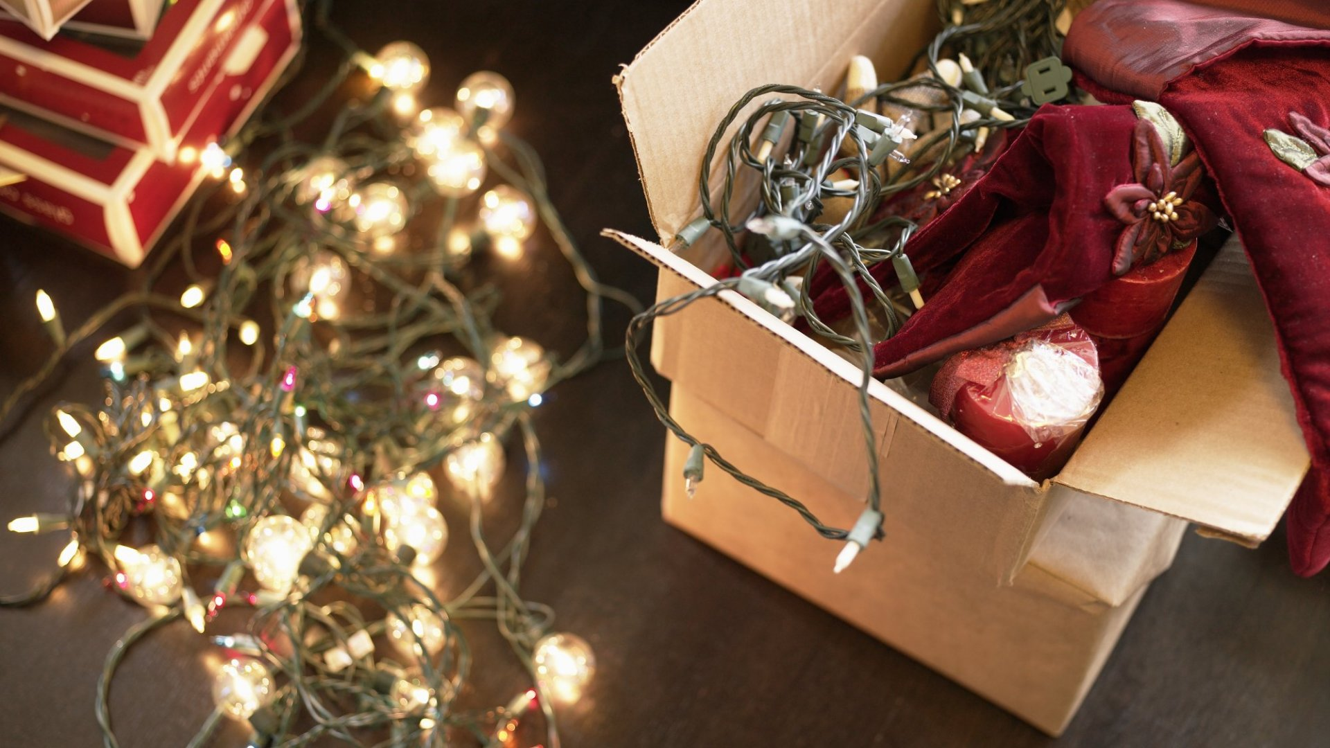 The Best Way to Prepare for the Holidays: This 8-Step Decluttering Ritual