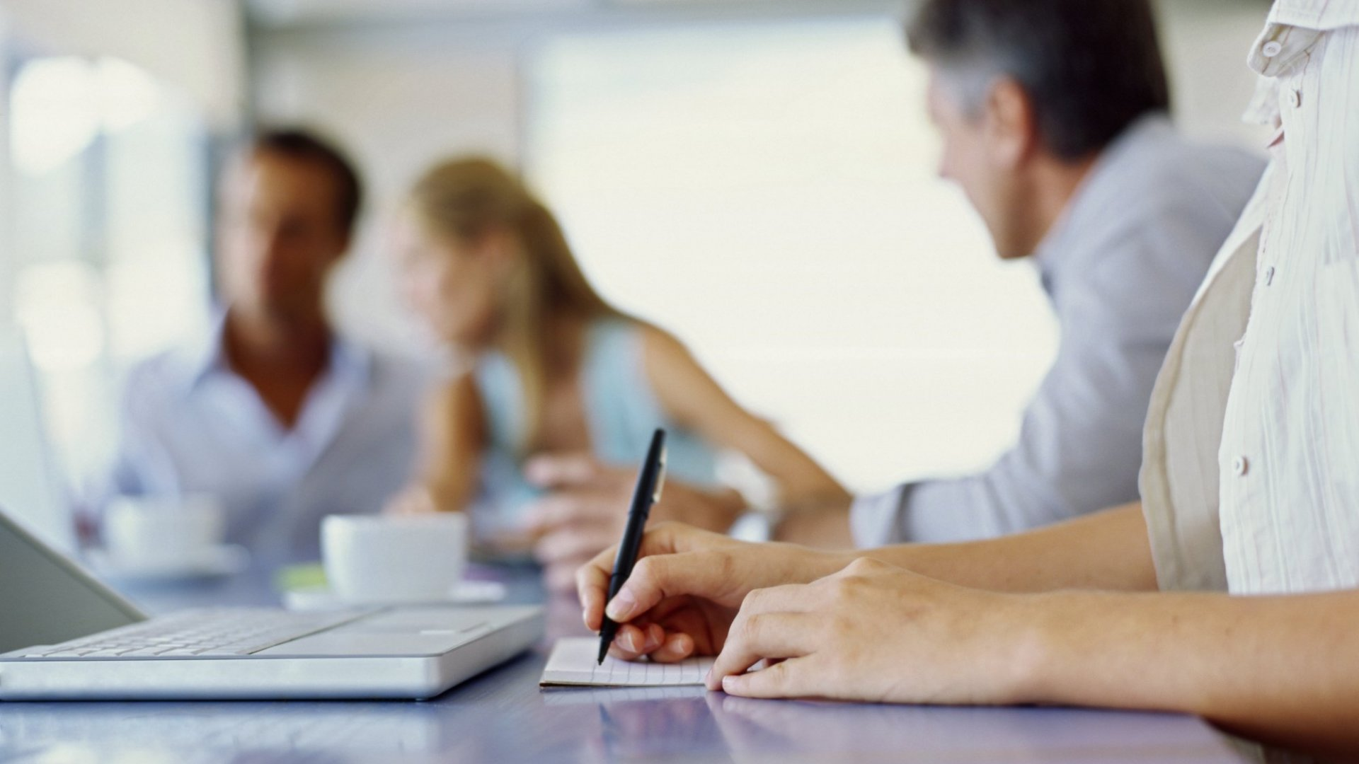 3 Ways to Take Notes in a Meeting More Efficiently