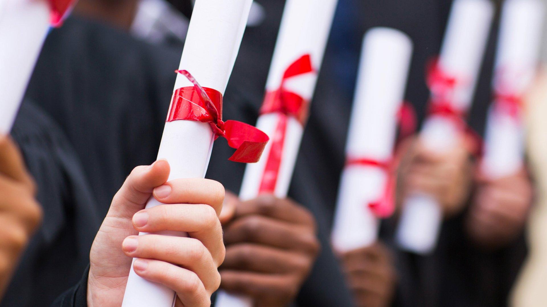 Is Student Debt Putting the Brakes on Gen Y's Entrepreneurial Dreams?