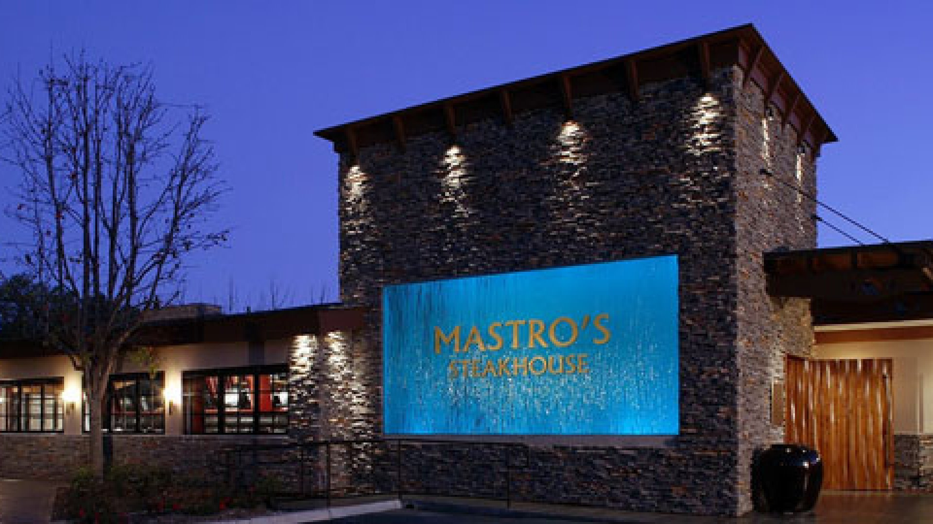 Great for a Business Dinner: Mastro's Steakhouse, Los Angeles