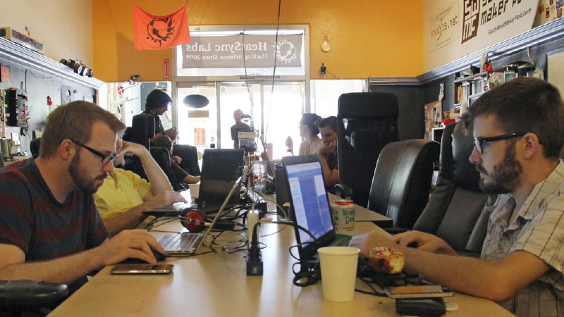 Introducing 'Hackerspaces,' Where Techies Turn Ideas into Reality