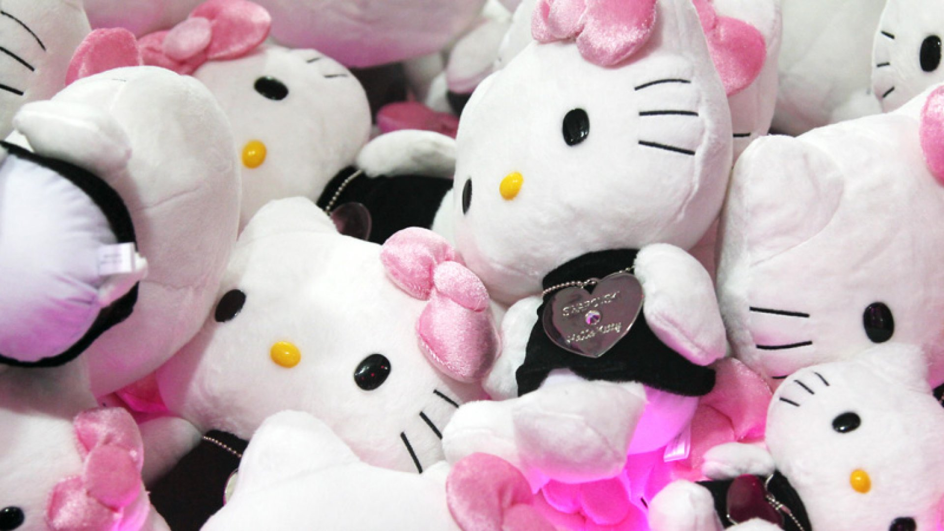 4 Marketing Lessons Gleaned From Hello Kitty's 40th Anniversary