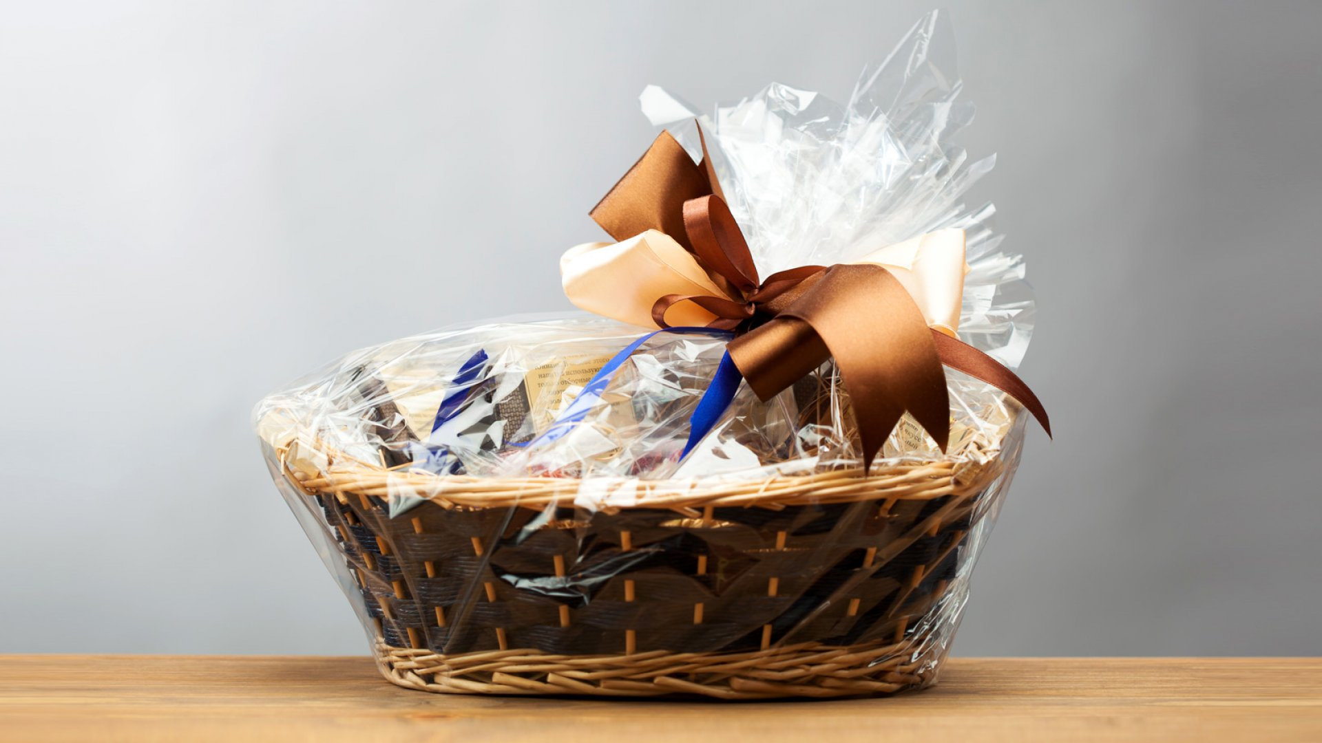The 7 Worst Gifts You Can Give To A Customer