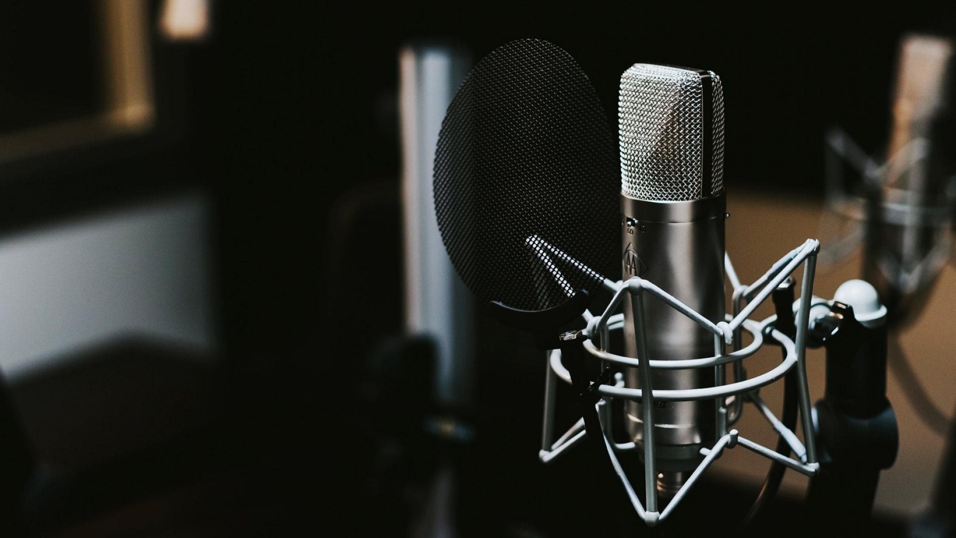 10 of the Best Business Podcasts to Help Your Company Thrive
