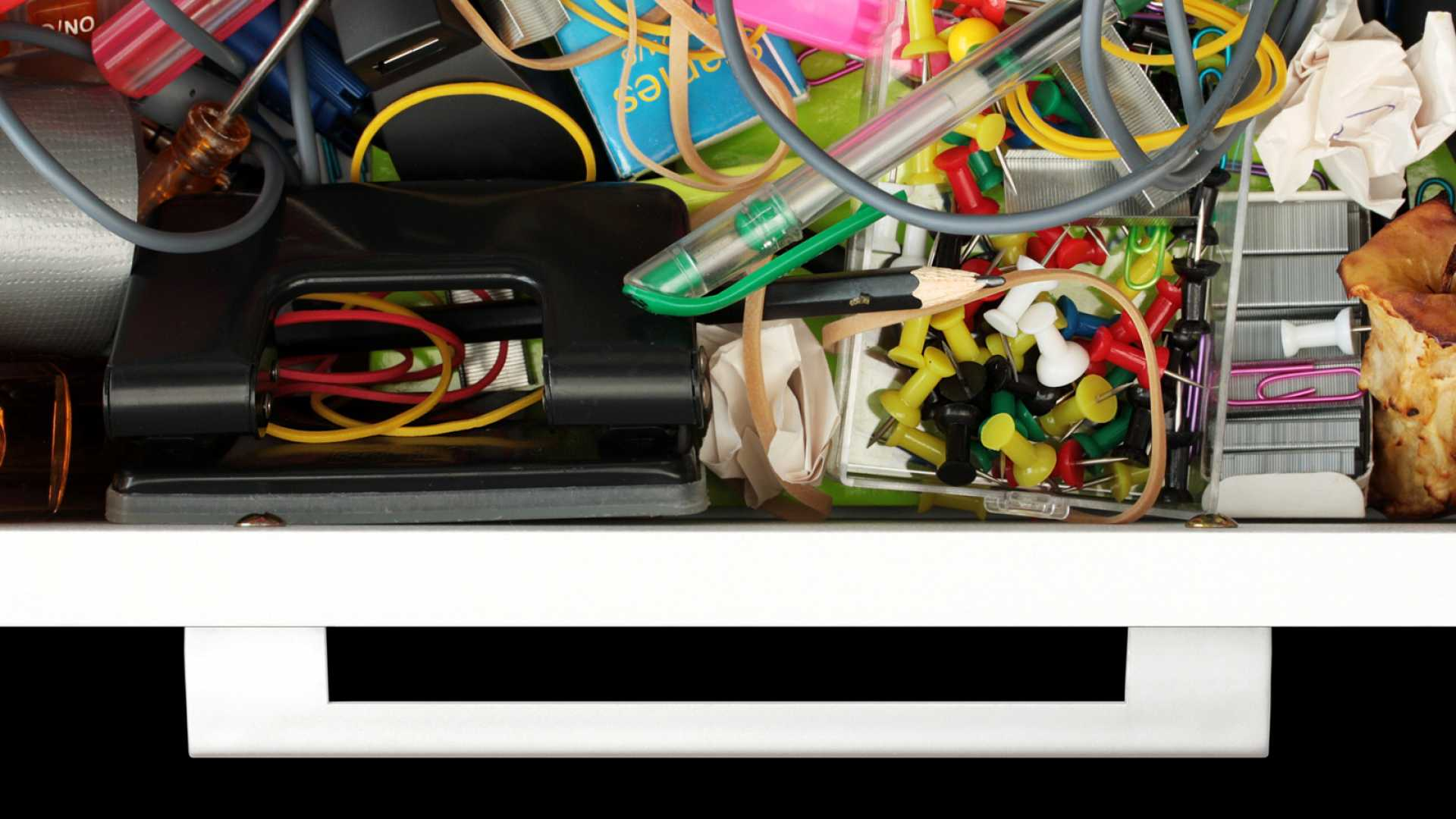 5 Items to Throw Out of Your Sales Junk Drawer